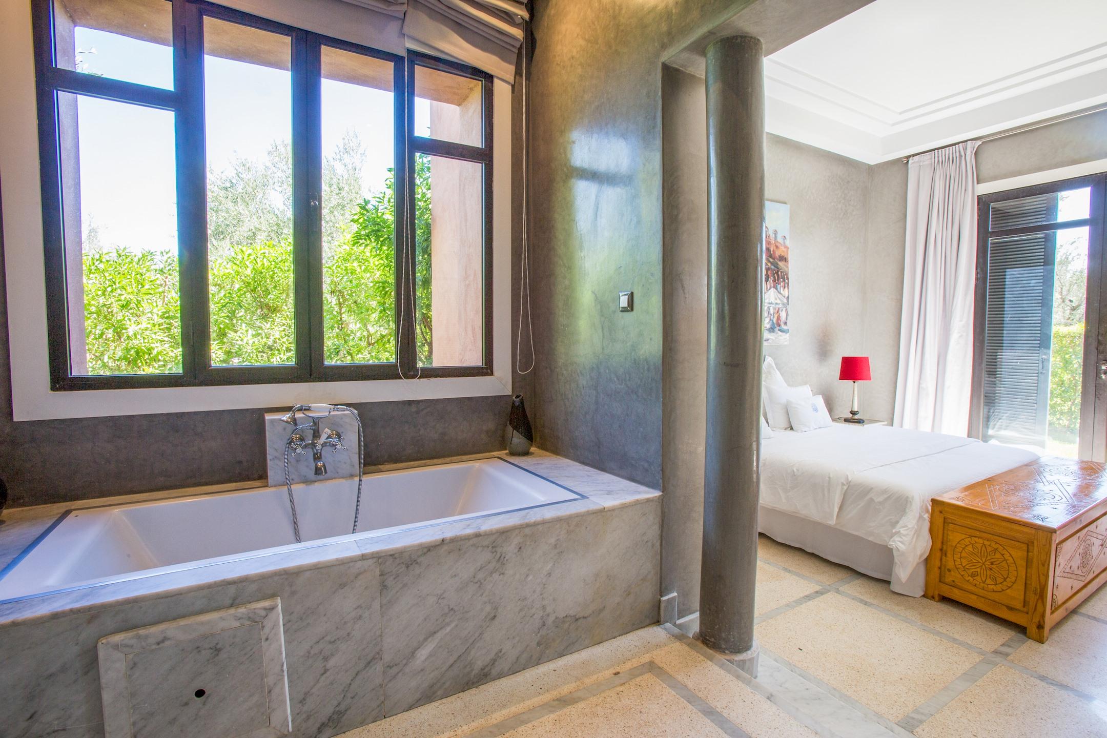 Apartment VILLA KOUTOUBIA - PISCINE CHAUFFEE  HAMMAM  JACUZZI  PETIT-DEJEUNER A MARRAKECH photo 20159665