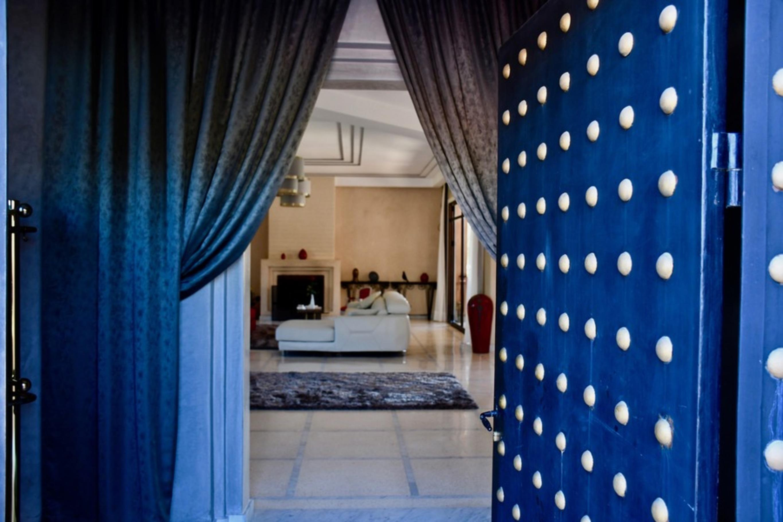 Apartment VILLA KOUTOUBIA - PISCINE CHAUFFEE  HAMMAM  JACUZZI  PETIT-DEJEUNER A MARRAKECH photo 20159655