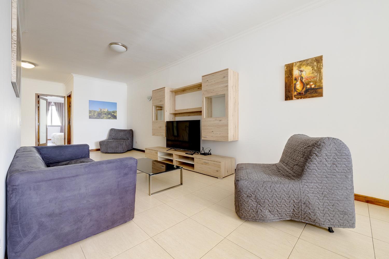 Modern 3 Bedroom Apartment in Central Sliema
