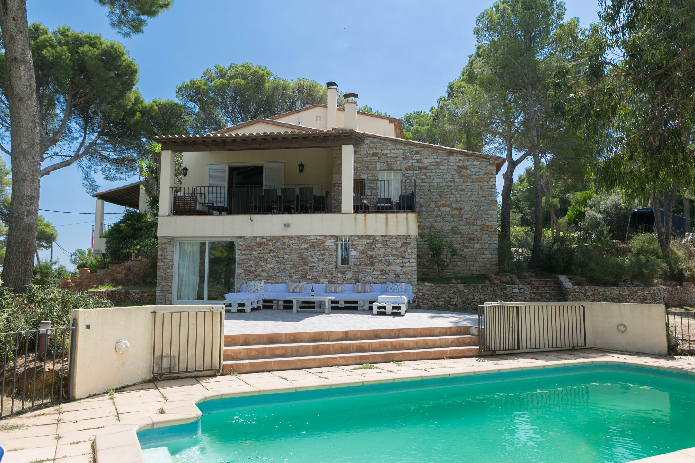 6 bedroom villa in Begur sea views close to the beach and  (Ref:H40) 1