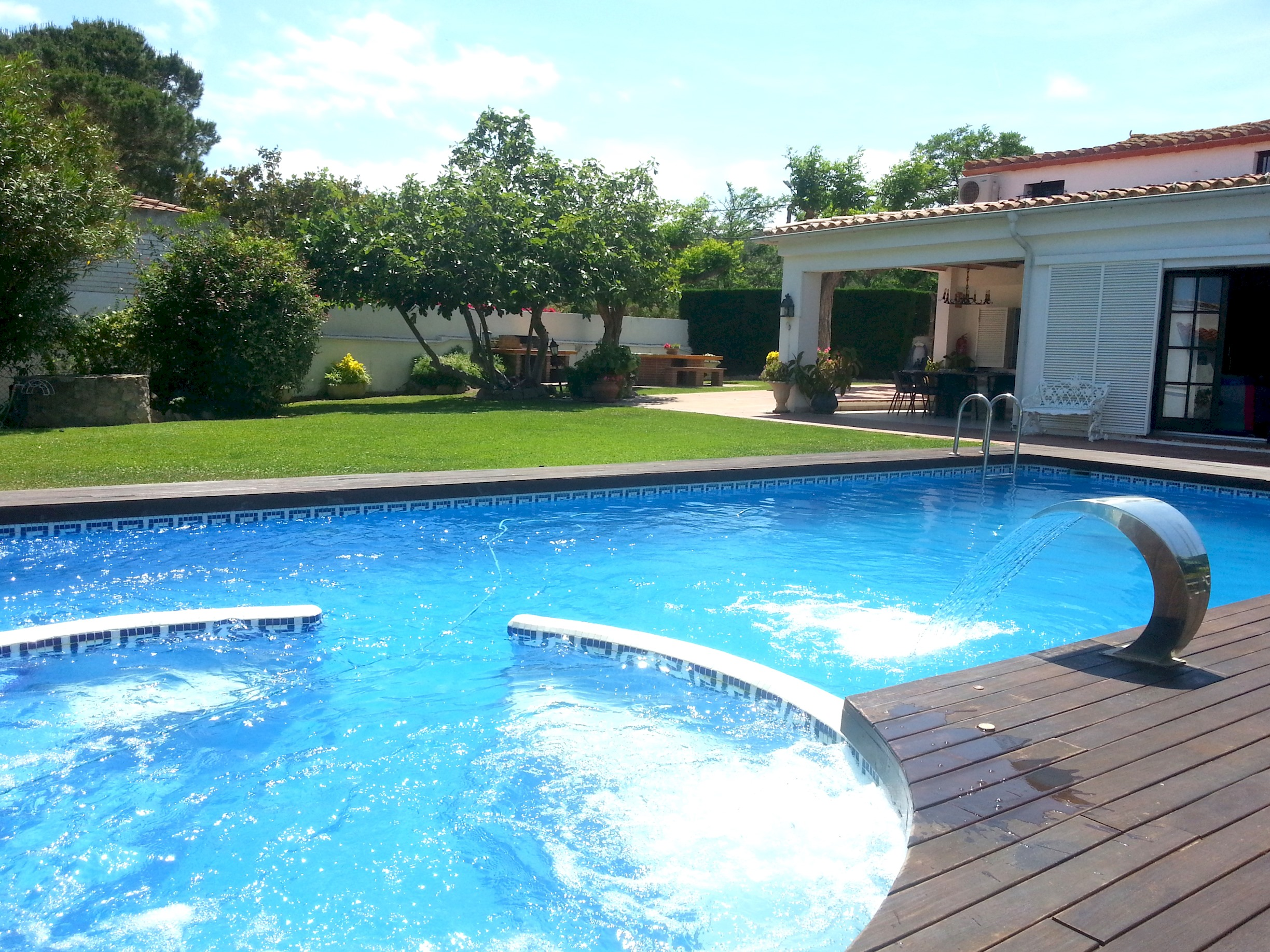 MAS SIBILS, ESPECTACULAR MASIA CON PISCINA PRIVADA Y WIFI GRATIS photo 22963360