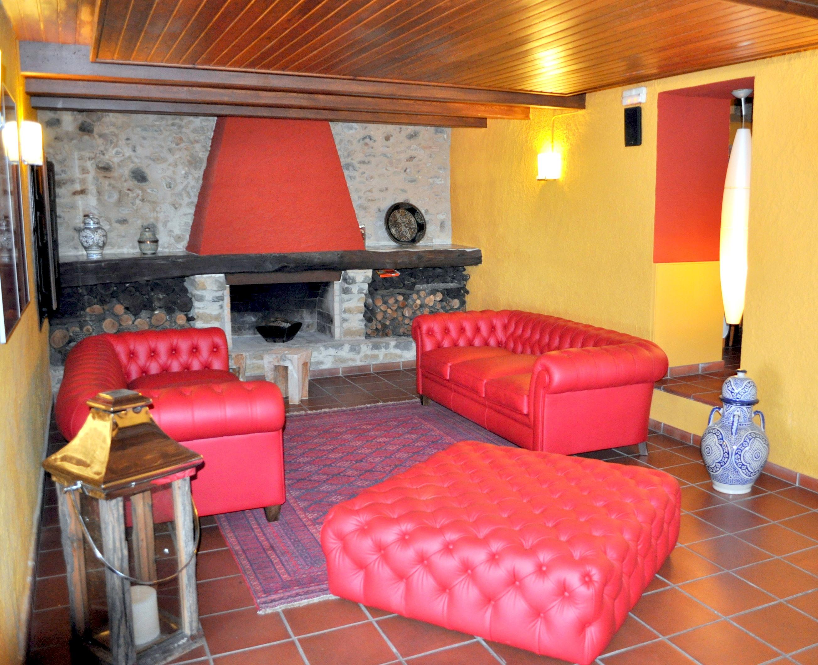 Apartment MAS FERRAN  PRECIOSA VILLA DE LUJO CON PISTA DE TENIS  PISCINA  GIMNASIO Y WIFI GRATUITO photo 26310897