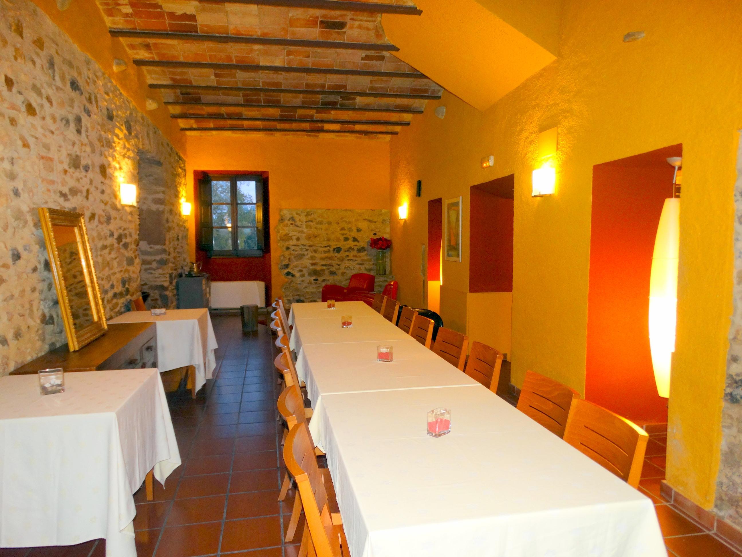 Apartment MAS FERRAN  PRECIOSA VILLA DE LUJO CON PISTA DE TENIS  PISCINA  GIMNASIO Y WIFI GRATUITO photo 26310898