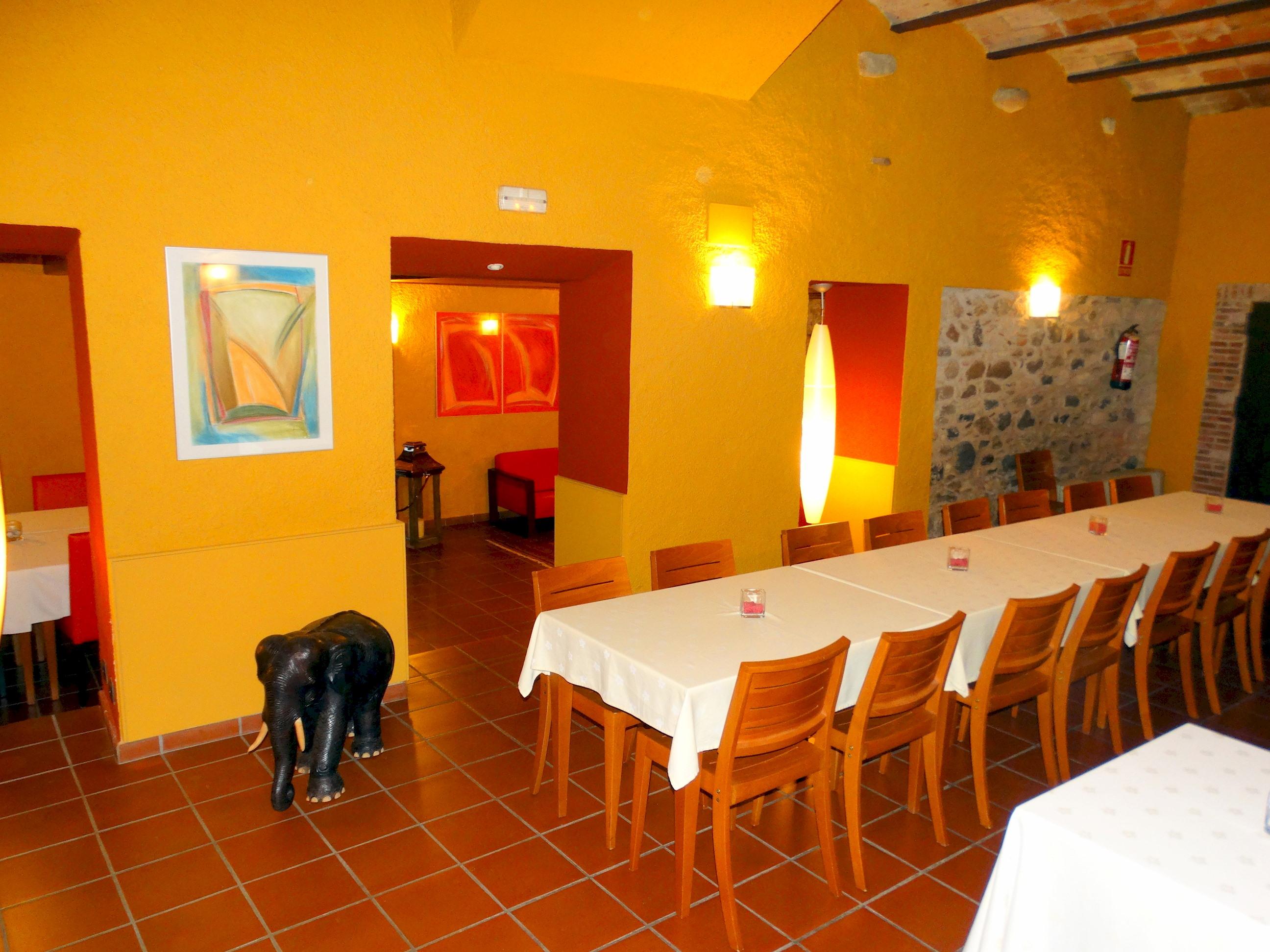 Apartment MAS FERRAN  PRECIOSA VILLA DE LUJO CON PISTA DE TENIS  PISCINA  GIMNASIO Y WIFI GRATUITO photo 26310899