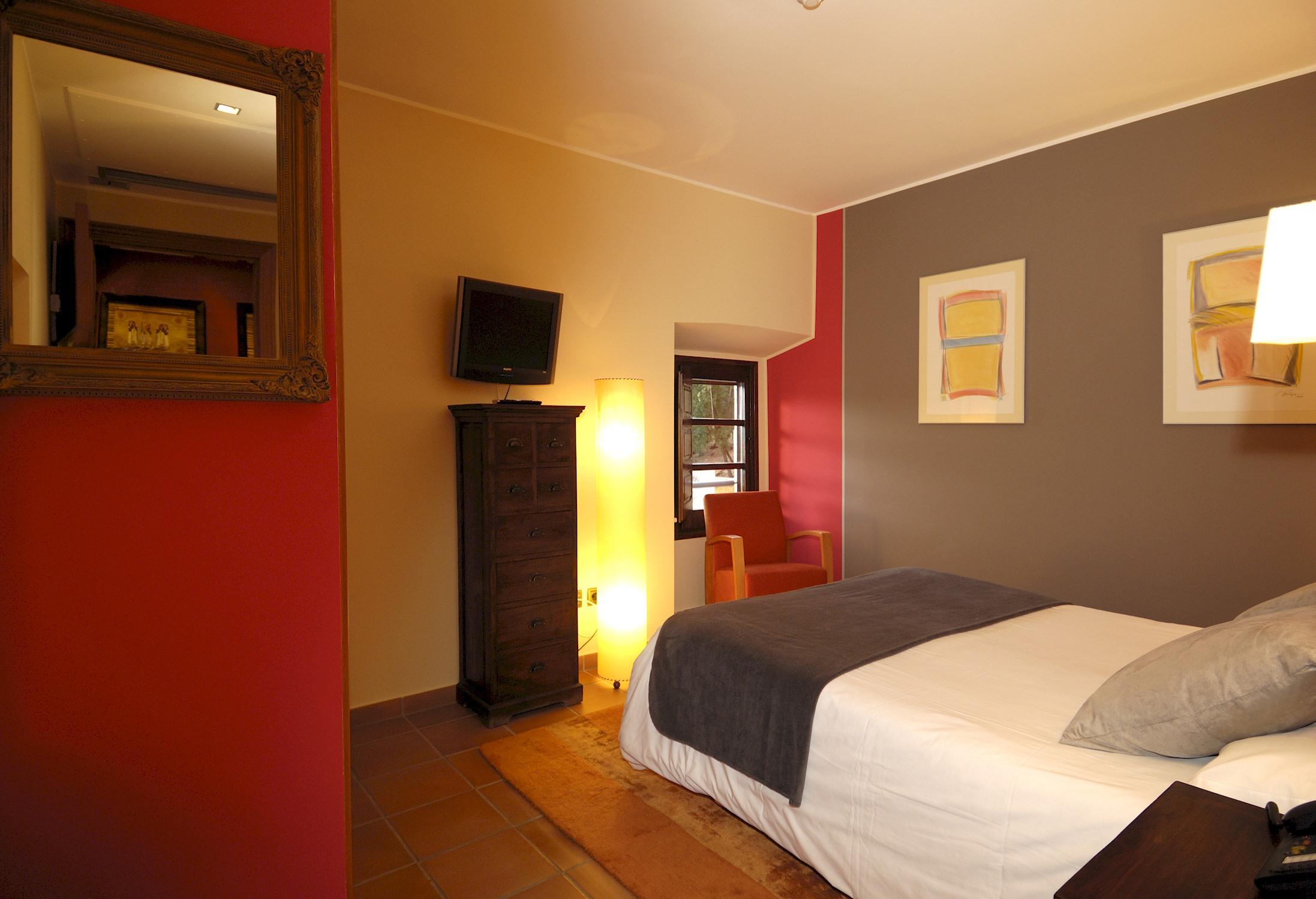 Apartment MAS FERRAN  PRECIOSA VILLA DE LUJO CON PISTA DE TENIS  PISCINA  GIMNASIO Y WIFI GRATUITO photo 26310913