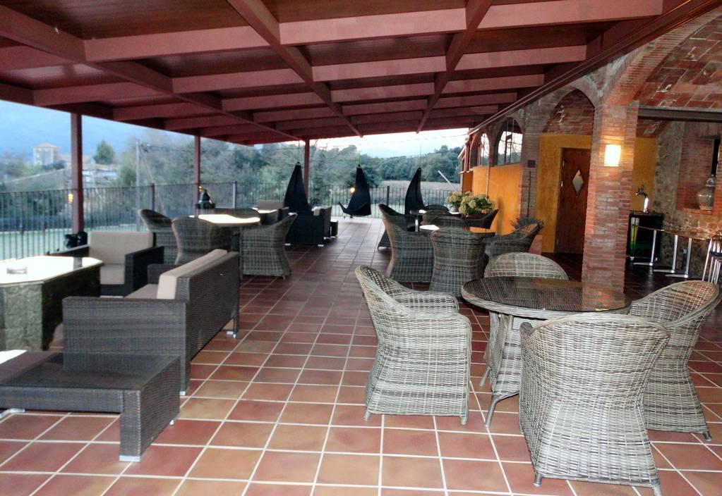 Apartment MAS FERRAN  PRECIOSA VILLA DE LUJO CON PISTA DE TENIS  PISCINA  GIMNASIO Y WIFI GRATUITO photo 26310927