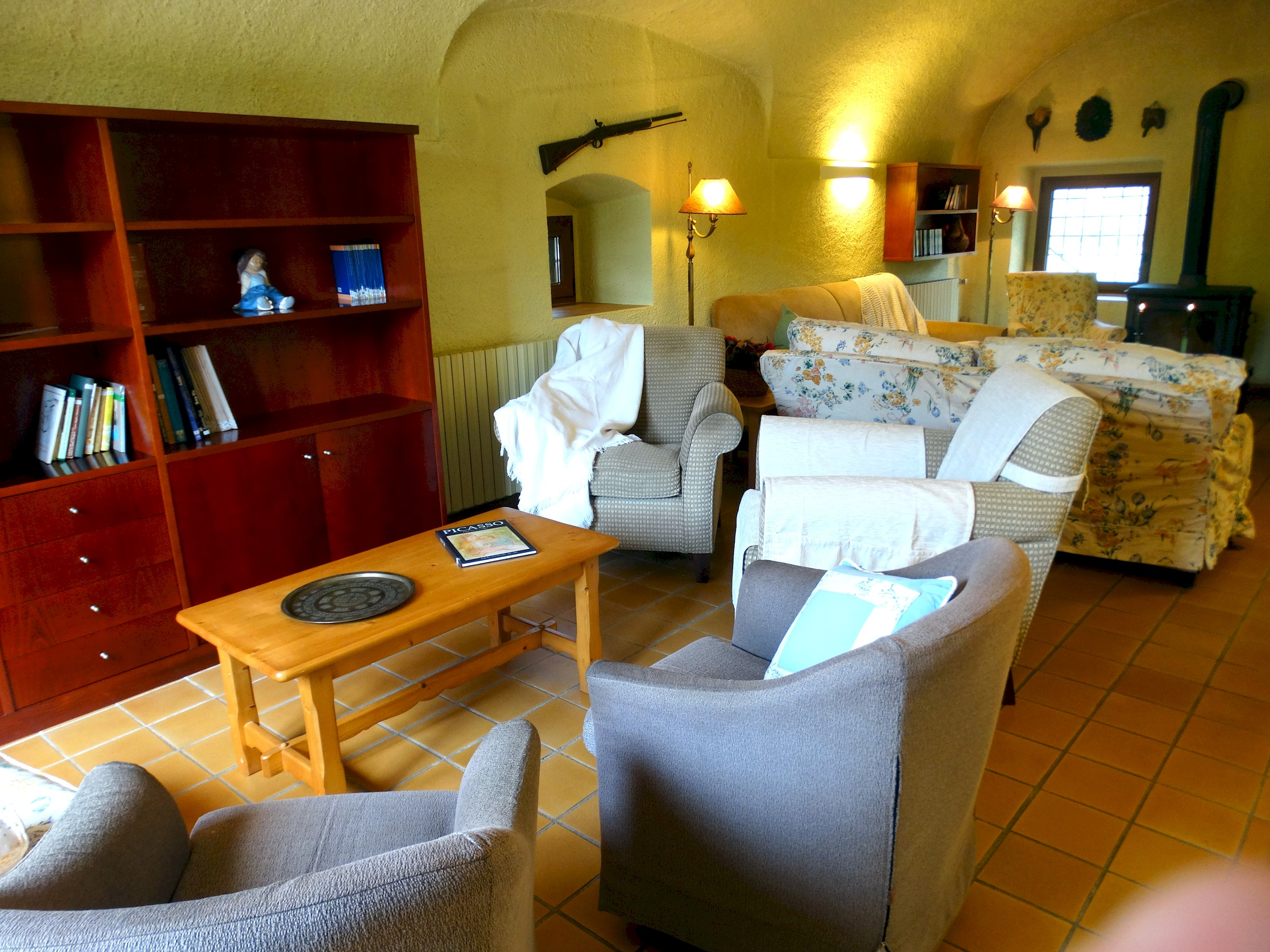 Apartment MAS BEL  ESPECTACULAR MASIA EN LLAGOSTERA CON PISCINA PRIVADA Y WIFI GRATUITO photo 24113248