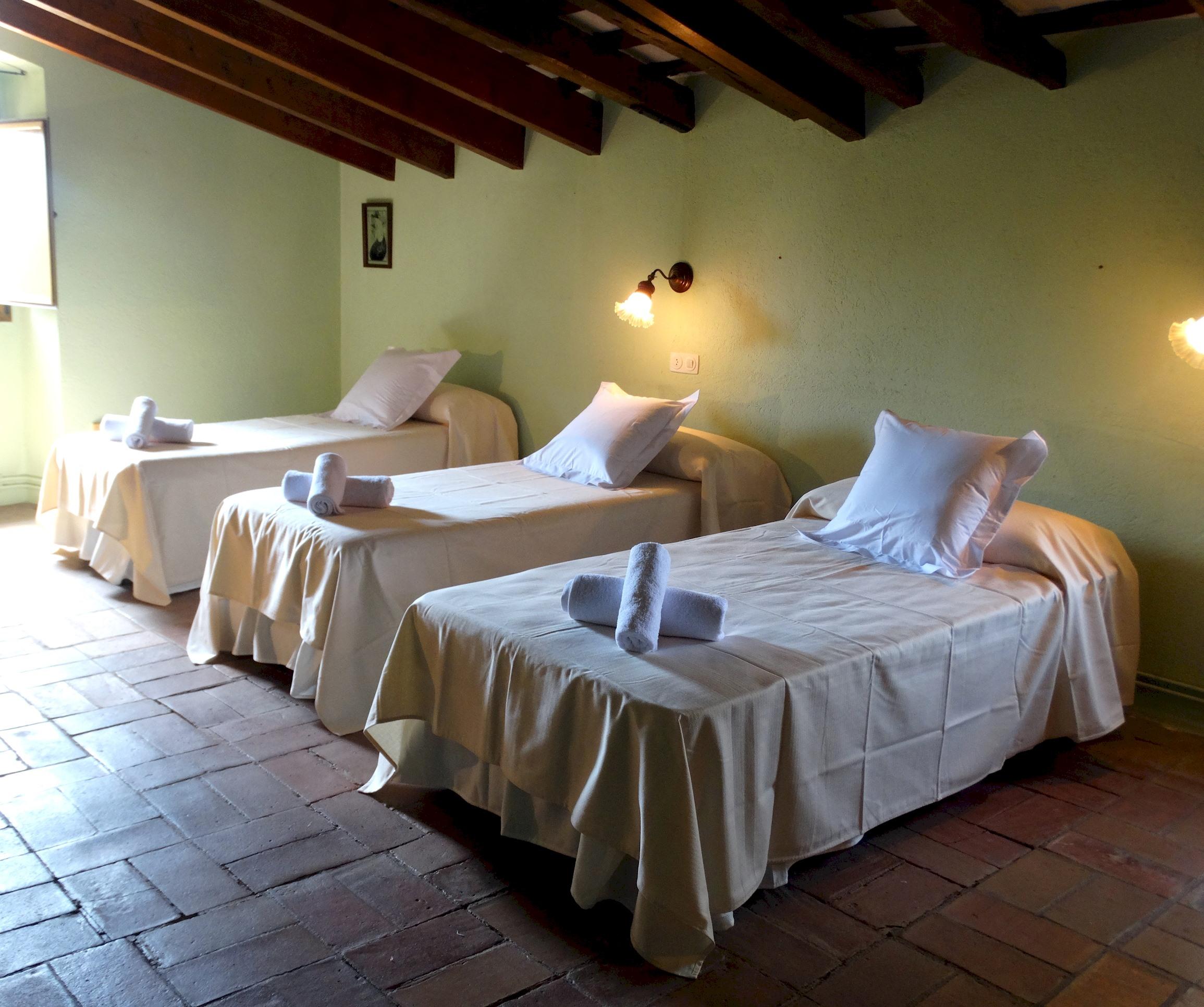 Apartment MAS BEL  ESPECTACULAR MASIA EN LLAGOSTERA CON PISCINA PRIVADA Y WIFI GRATUITO photo 24113255