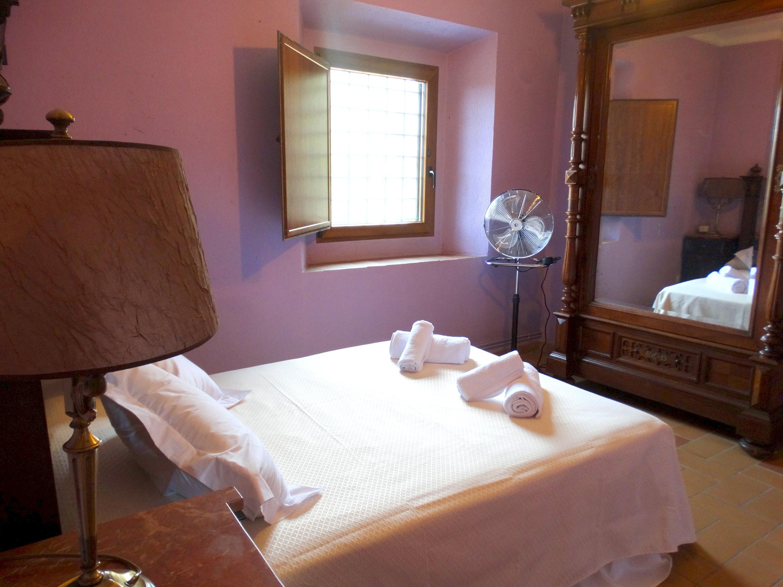 Apartment MAS BEL  ESPECTACULAR MASIA EN LLAGOSTERA CON PISCINA PRIVADA Y WIFI GRATUITO photo 24113260