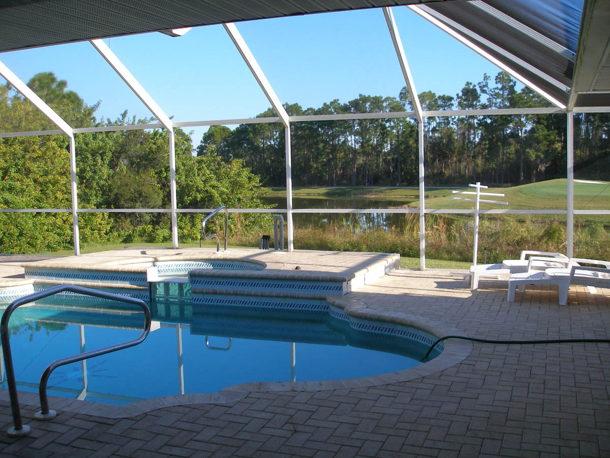 Apartment Paradise by lakeside   views over golf course  fantastic 2 master suites  photo 22454819