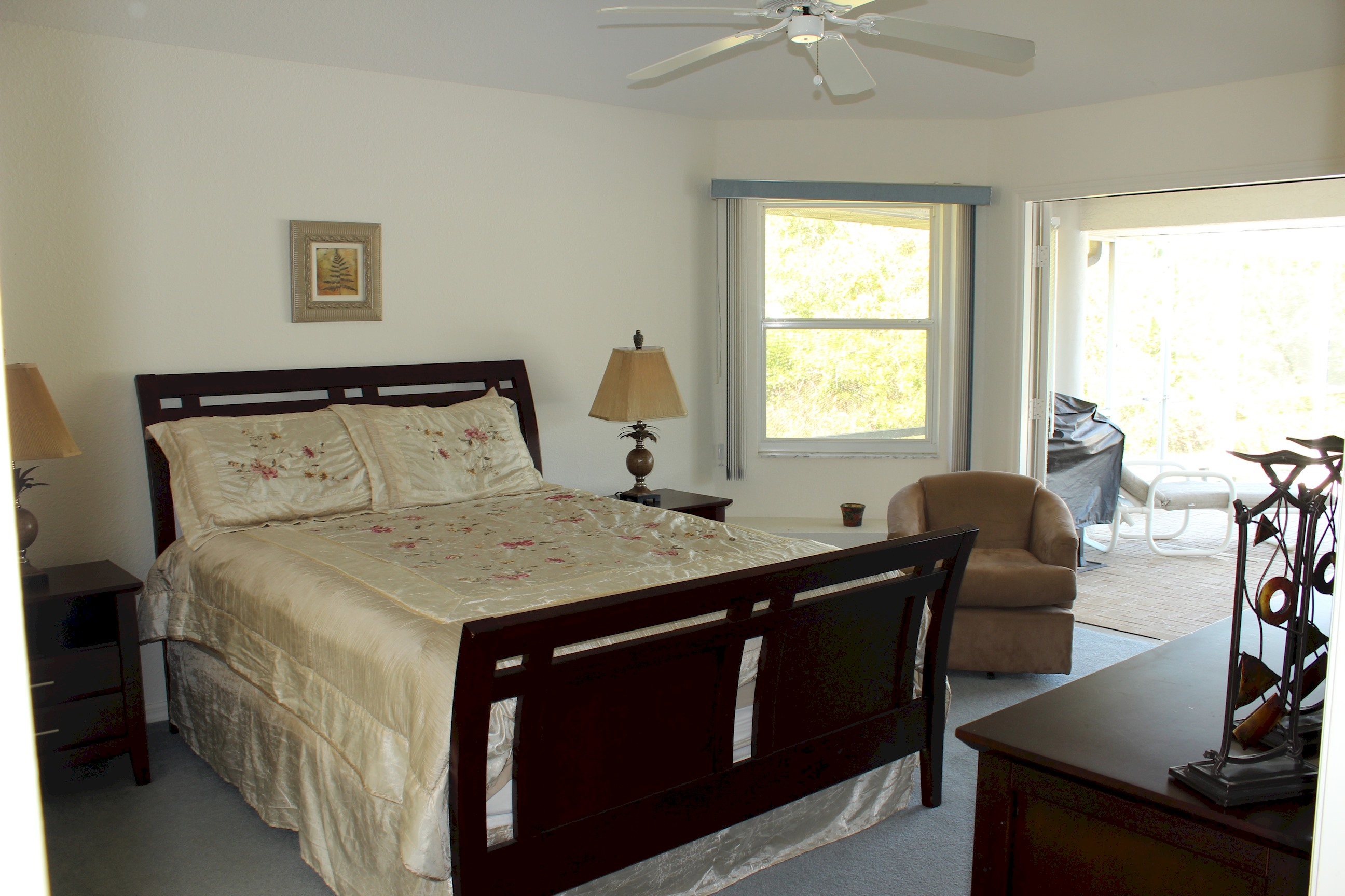 Apartment Paradise by lakeside   views over golf course  fantastic 2 master suites  photo 22454822