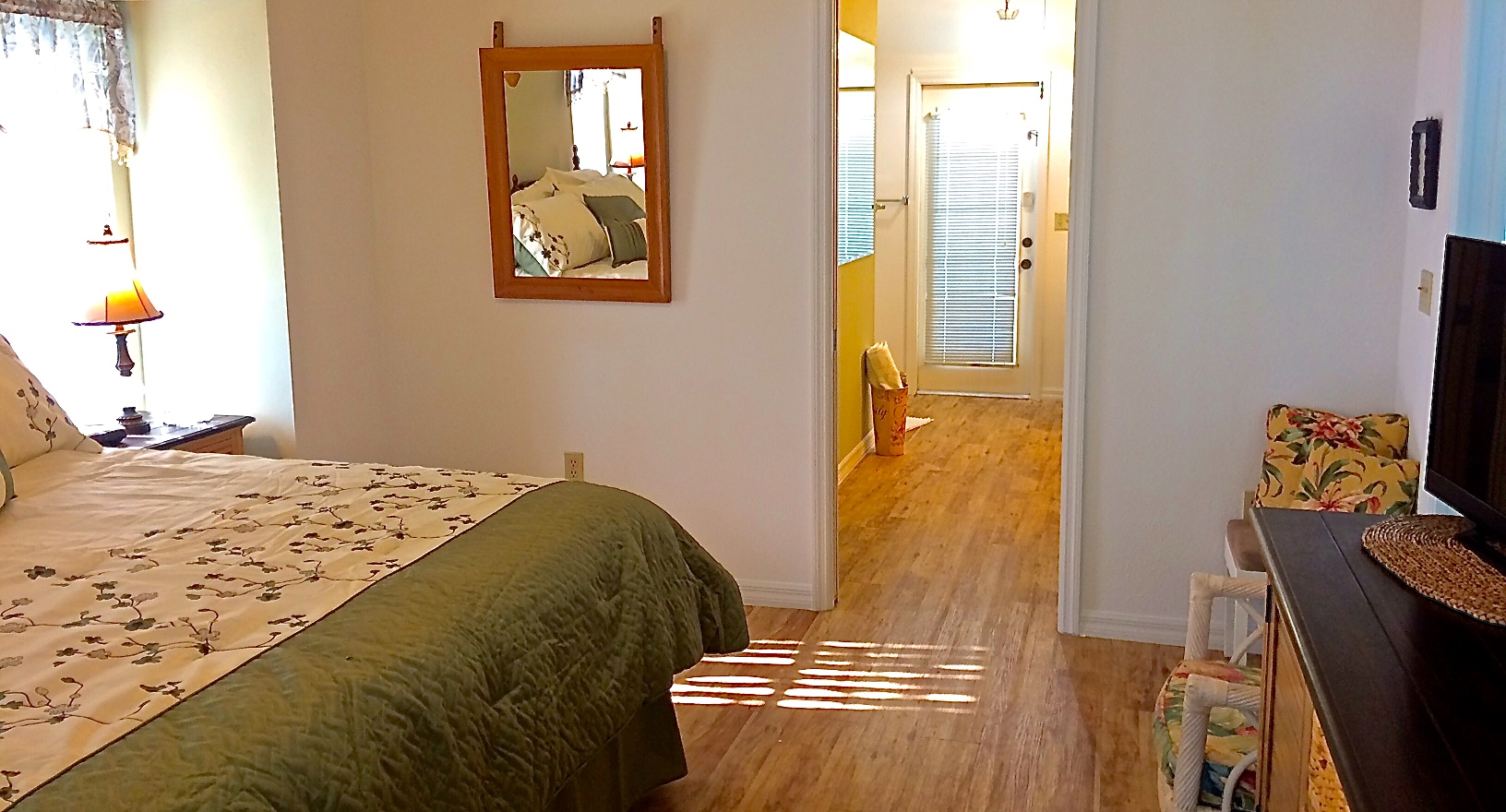 You've just found the home of your dreams for that perfect getaway you are wishing for! photo 23308219
