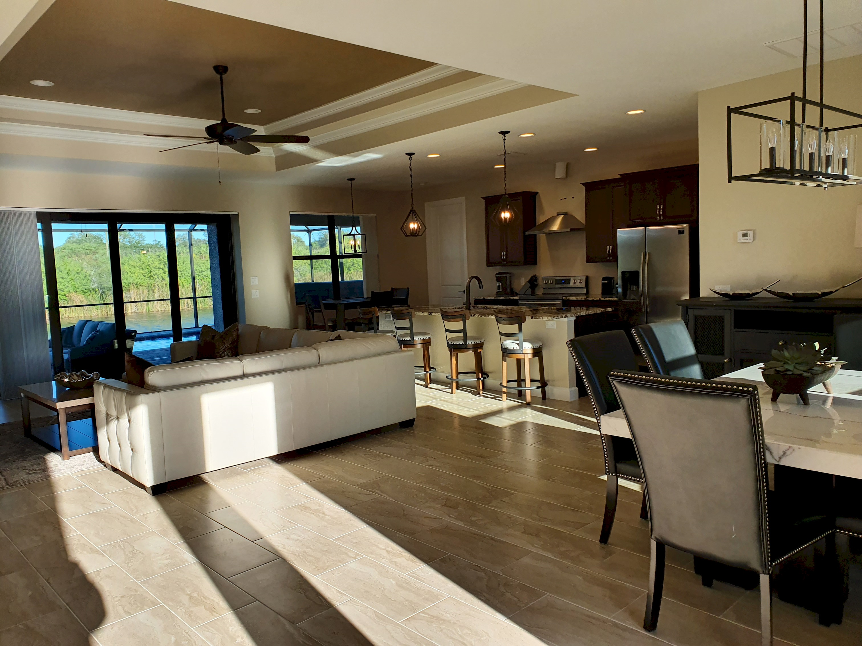 Apartment Stunning BRAND NEW 3 bed home  fabulous pool overlooking river   photo 25100539