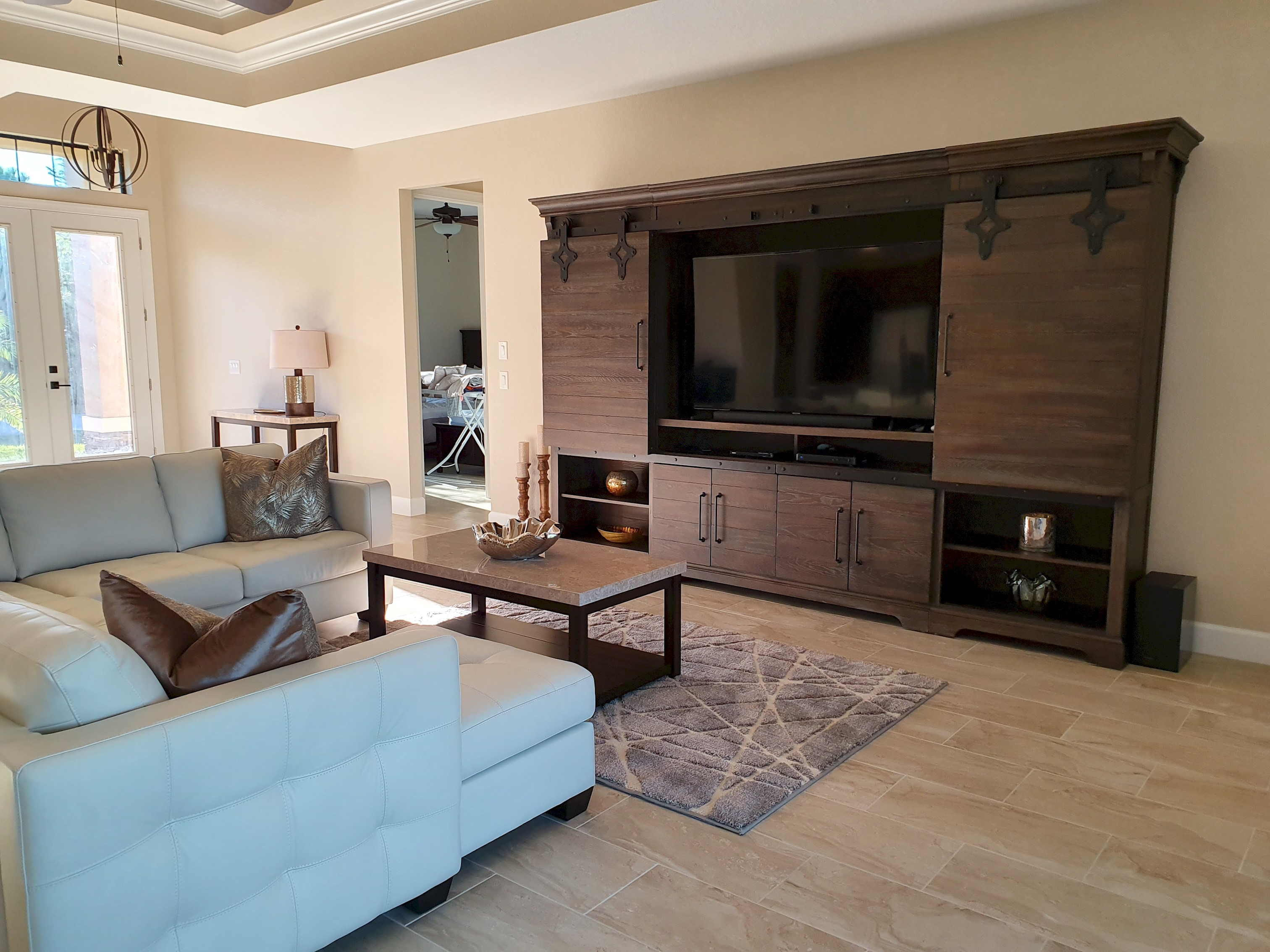 Apartment Stunning BRAND NEW 3 bed home  fabulous pool overlooking river   photo 25100541