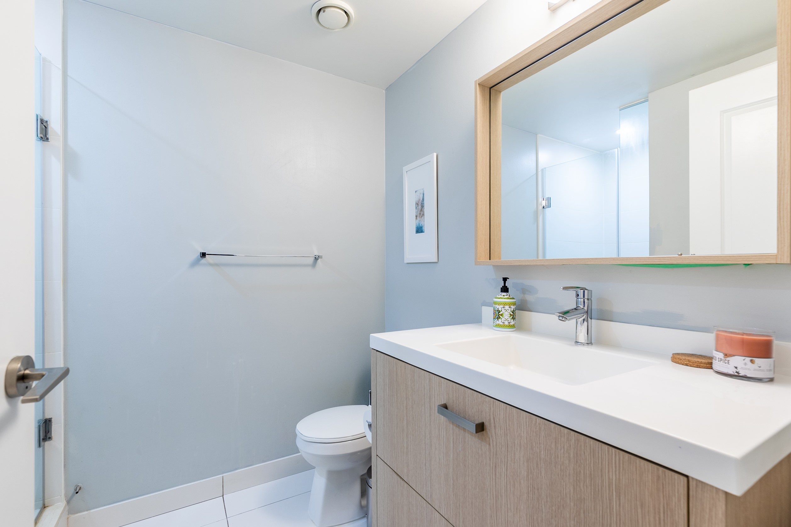 Apartment Luxury Living In King West photo 19032464