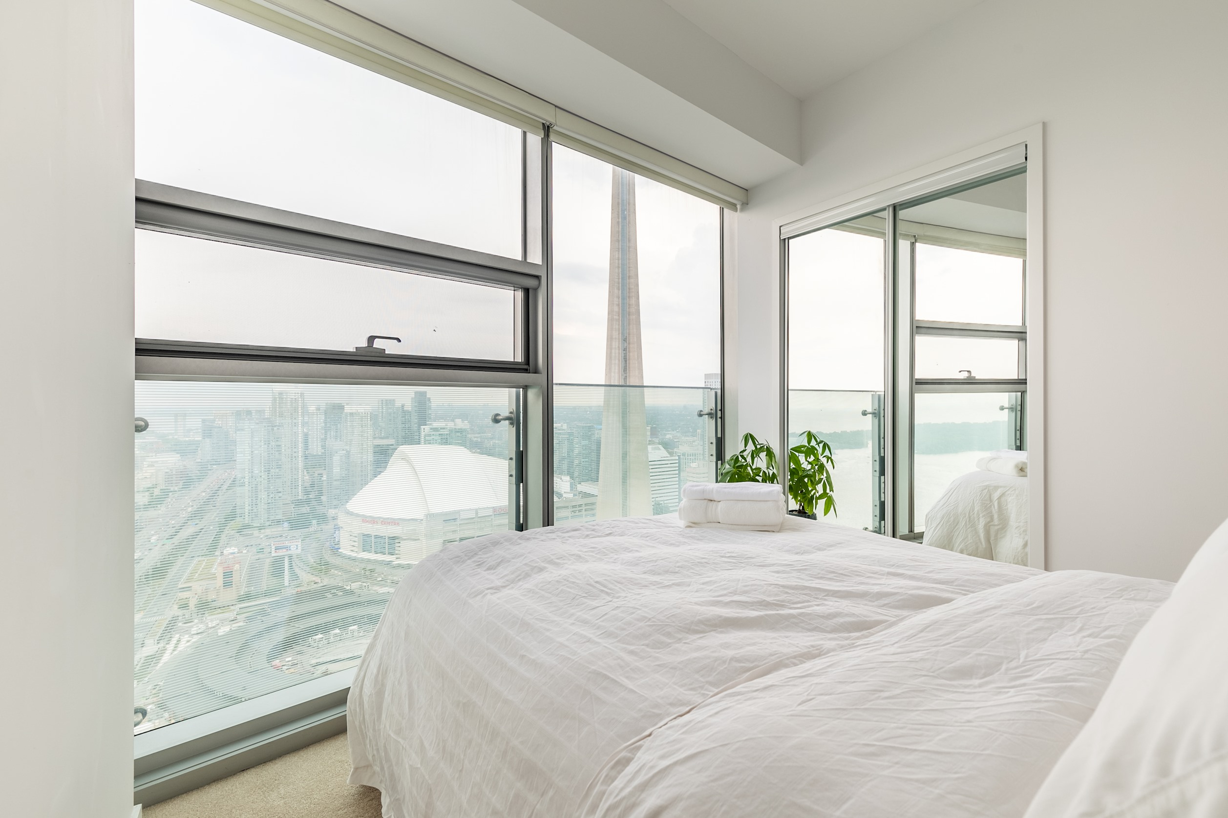 Apartment Luxury Corner Suite with Panoramic View I photo 20292700
