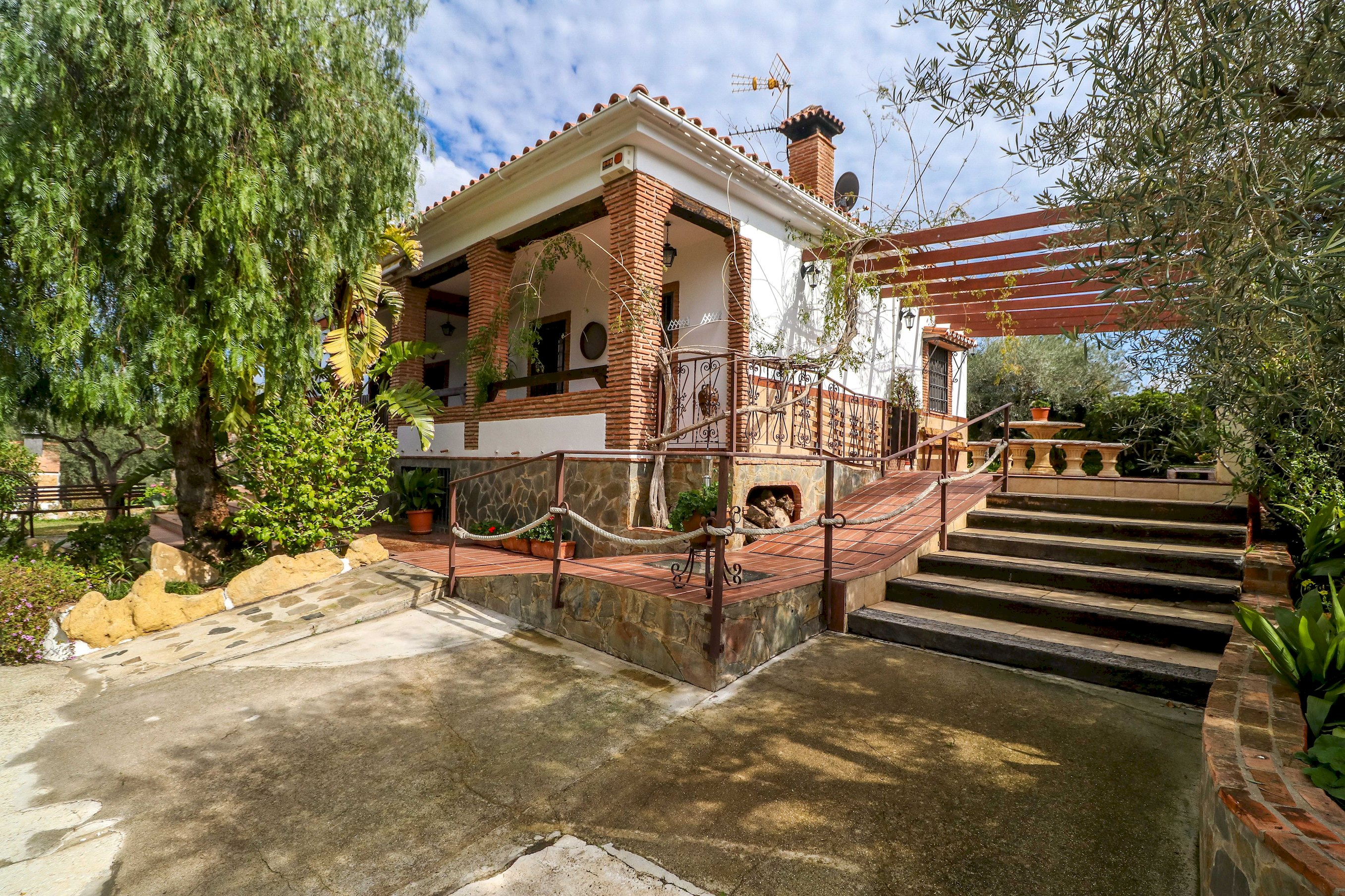 Francisquita by Rafleys- Modern Stylish Country Villa, Private Pool...