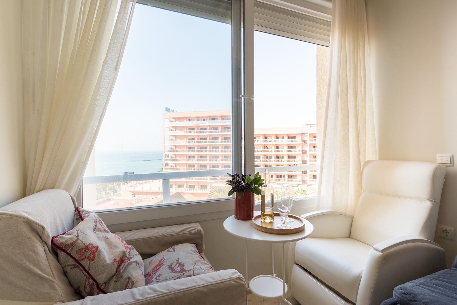 Apartment MalagaSuite Front Beach Benalmadena photo 22954619