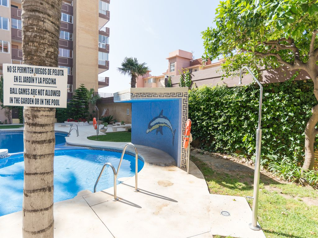 Apartment MalagaSuite Palm Beach Fuengirola photo 18365725