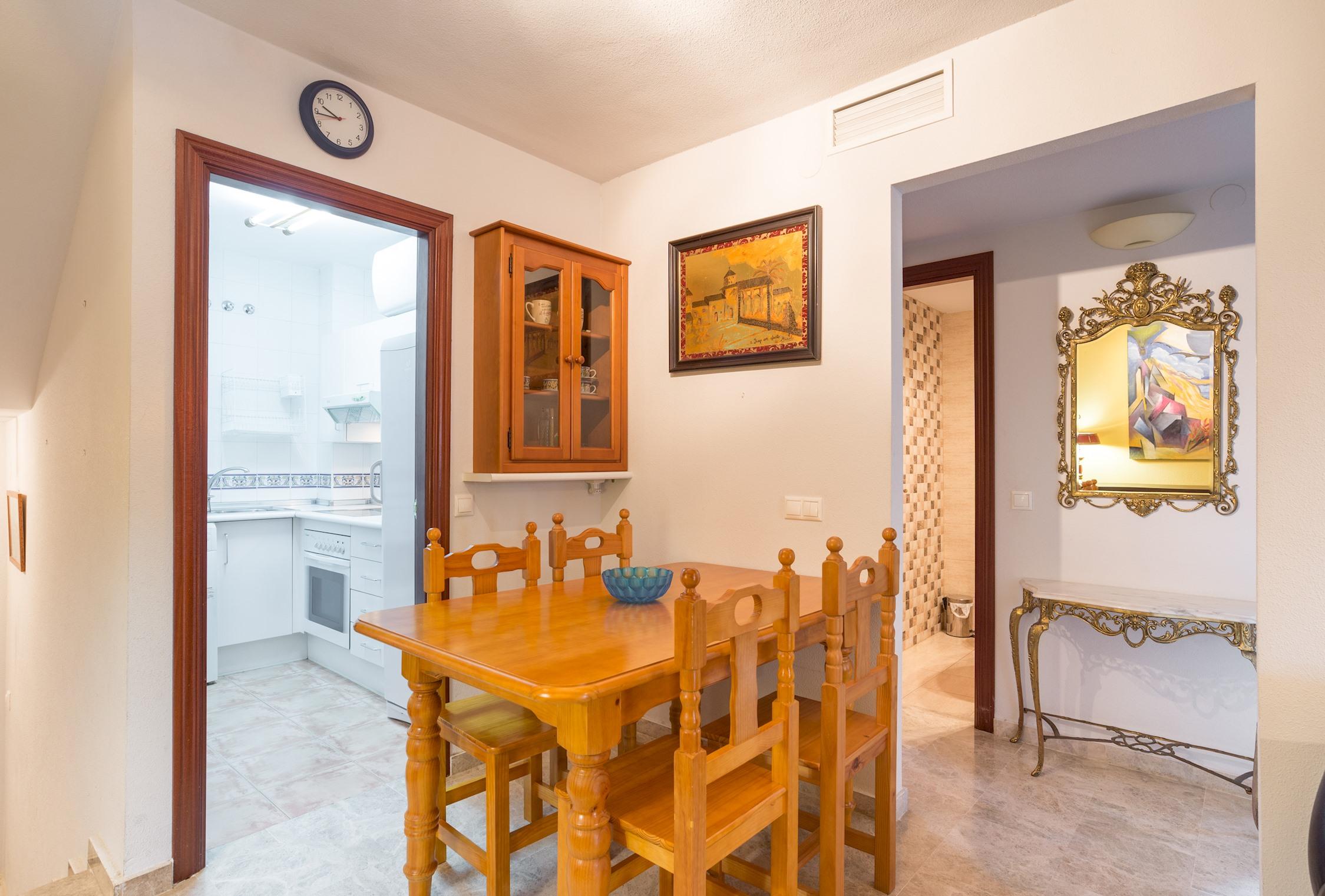Apartment MalagaSuite Puerto Marina   Parking photo 24761523