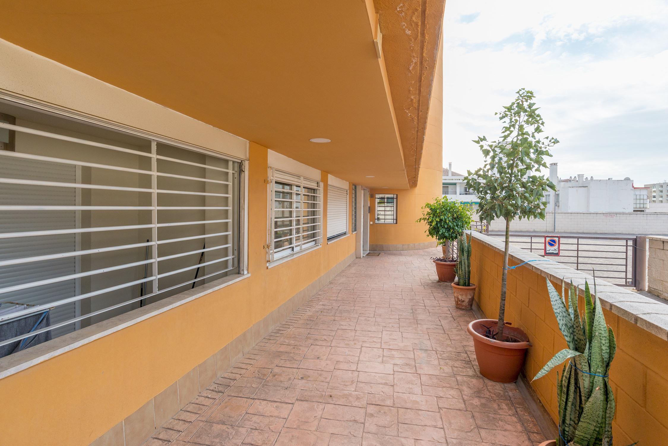 Apartment MalagaSuite Puerto Marina   Parking photo 24761511