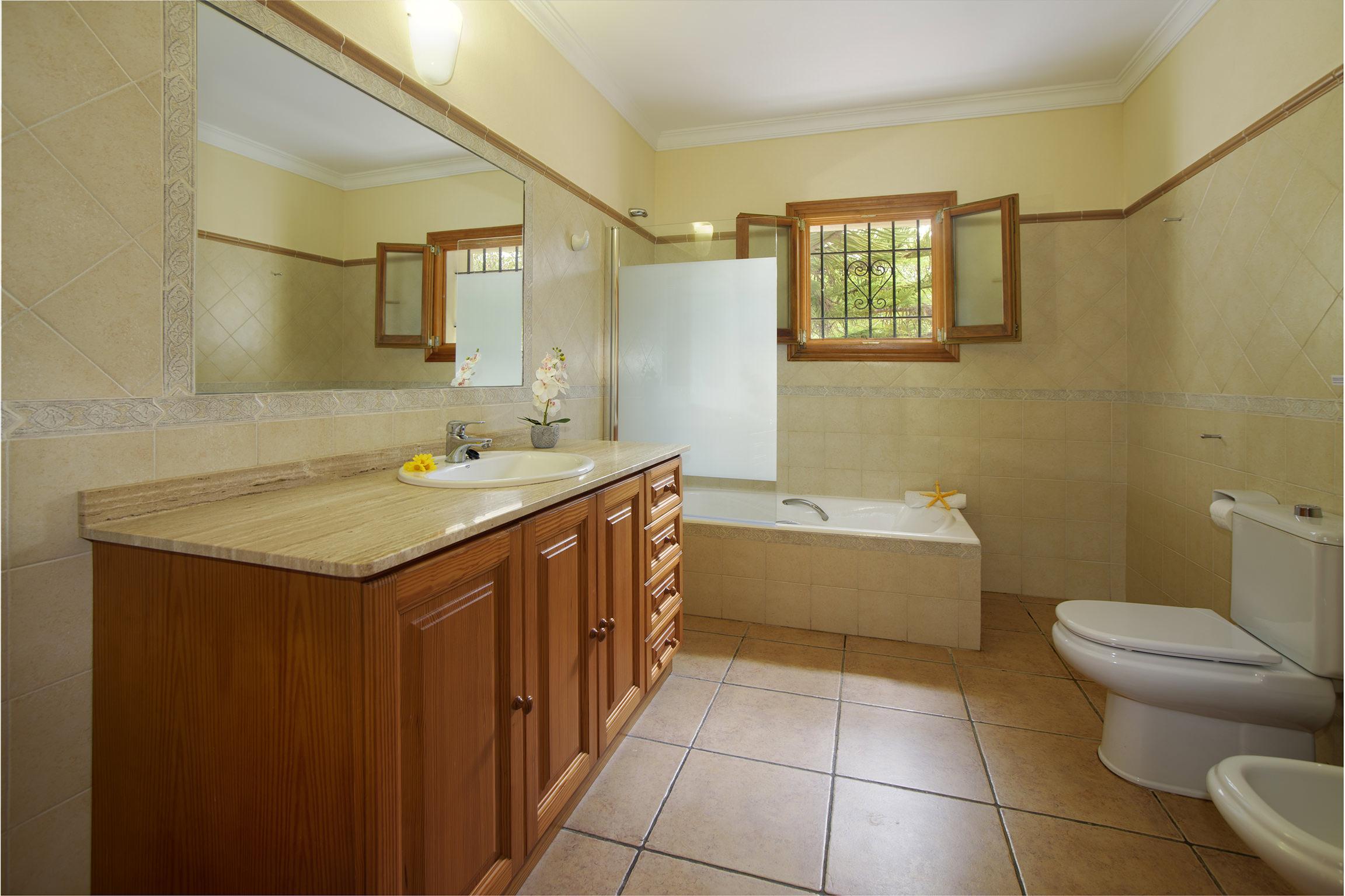 Apartment Son Peris photo 18490126