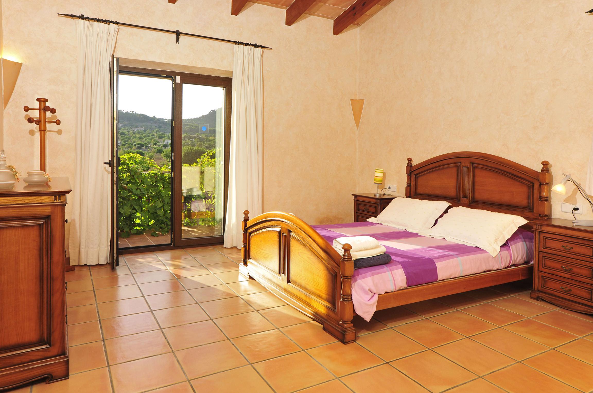 Apartment Es Castell photo 18281797
