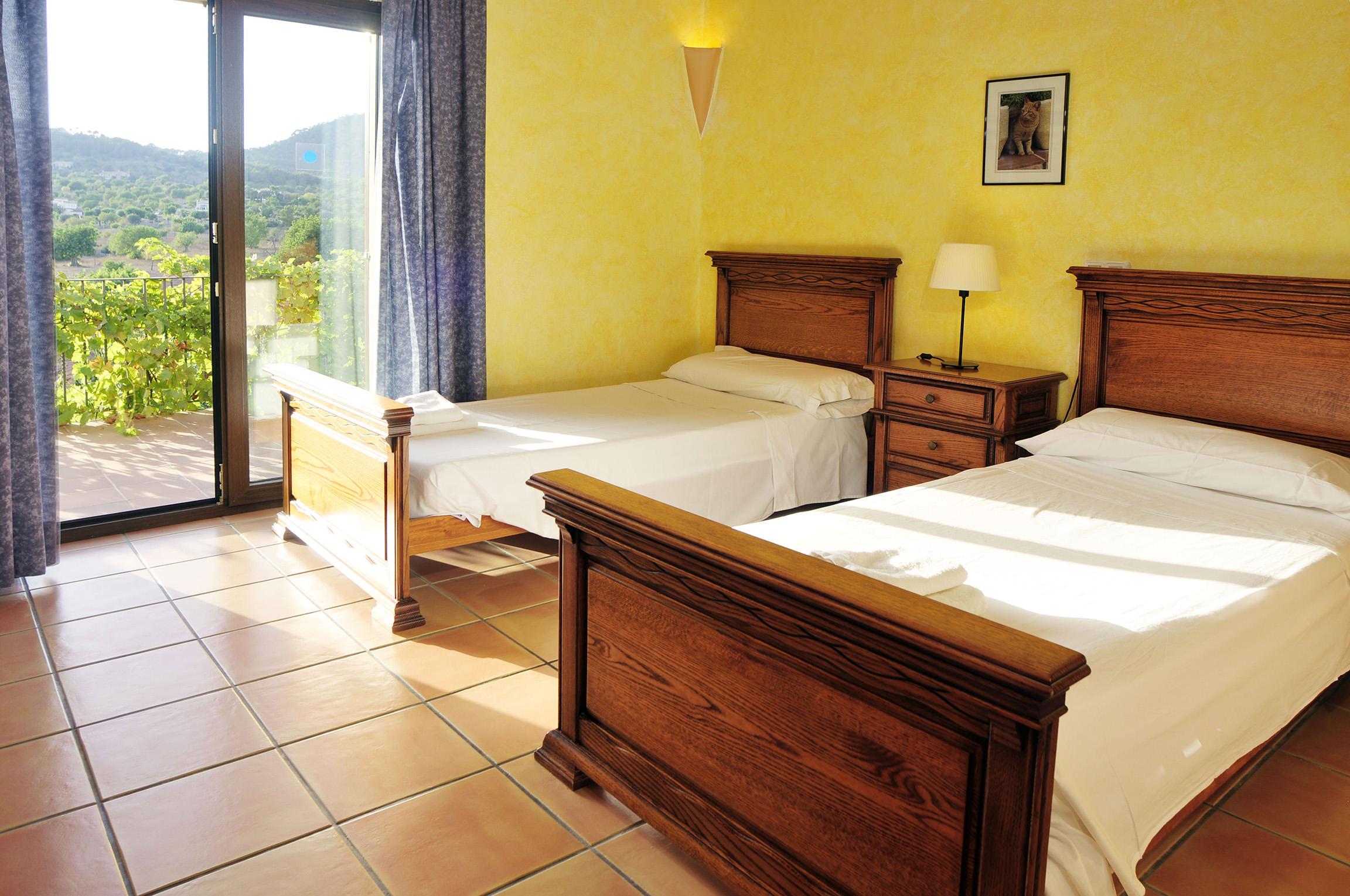 Apartment Es Castell photo 20445265