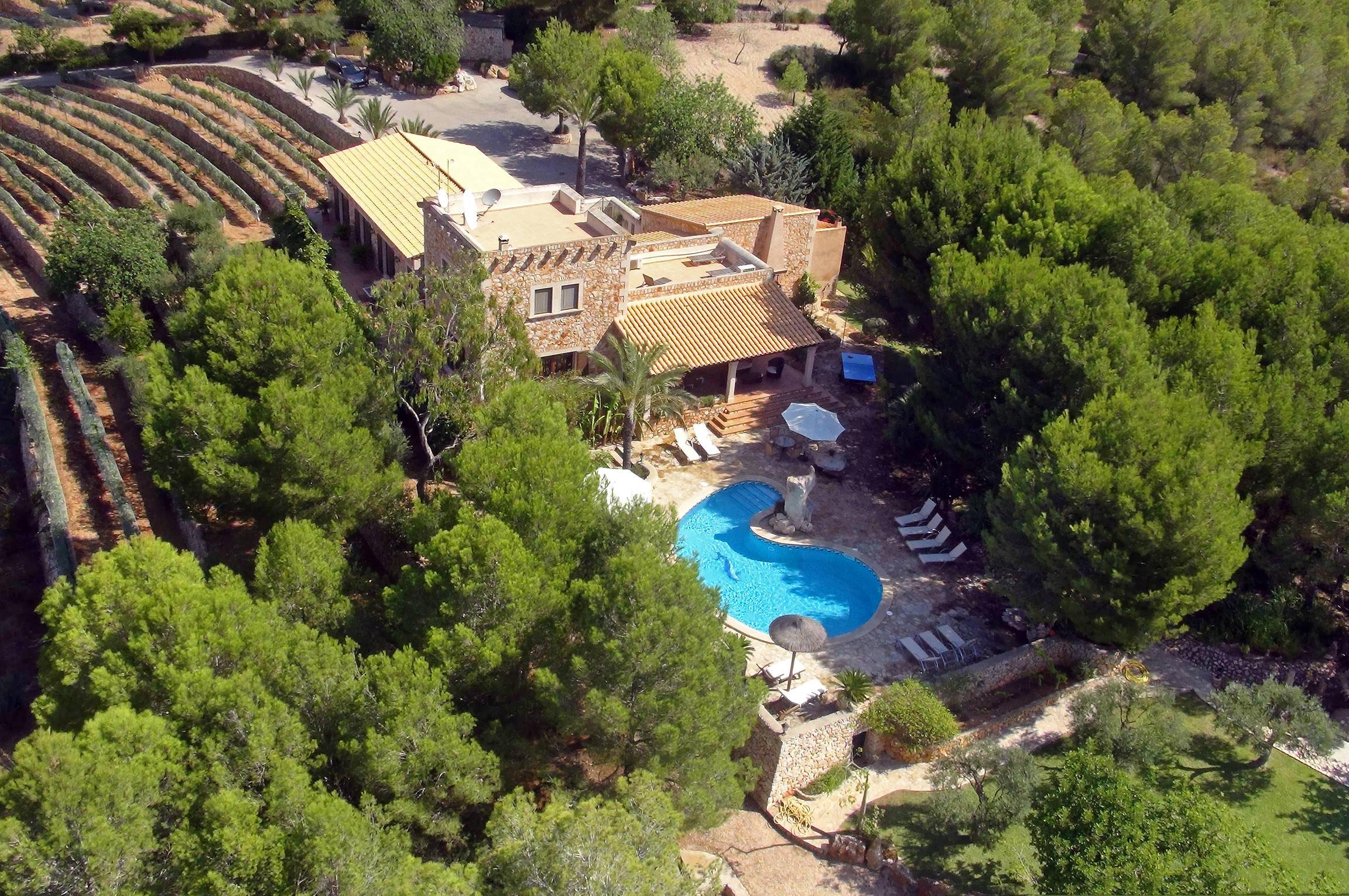 Apartment Es Castell photo 20445271