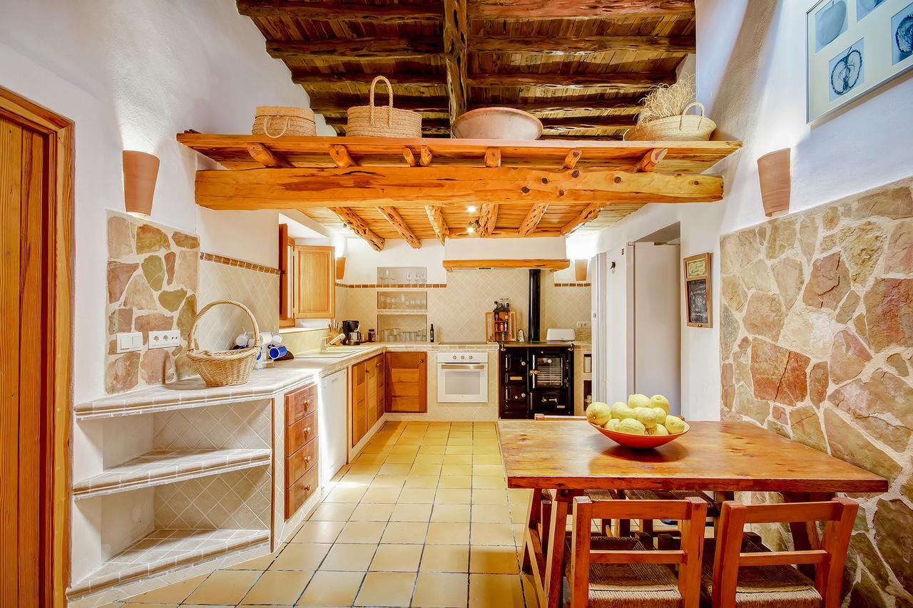 Apartment Villa Can Sunyer  con piscina  Wi-Fi y vistas al mar photo 18547298