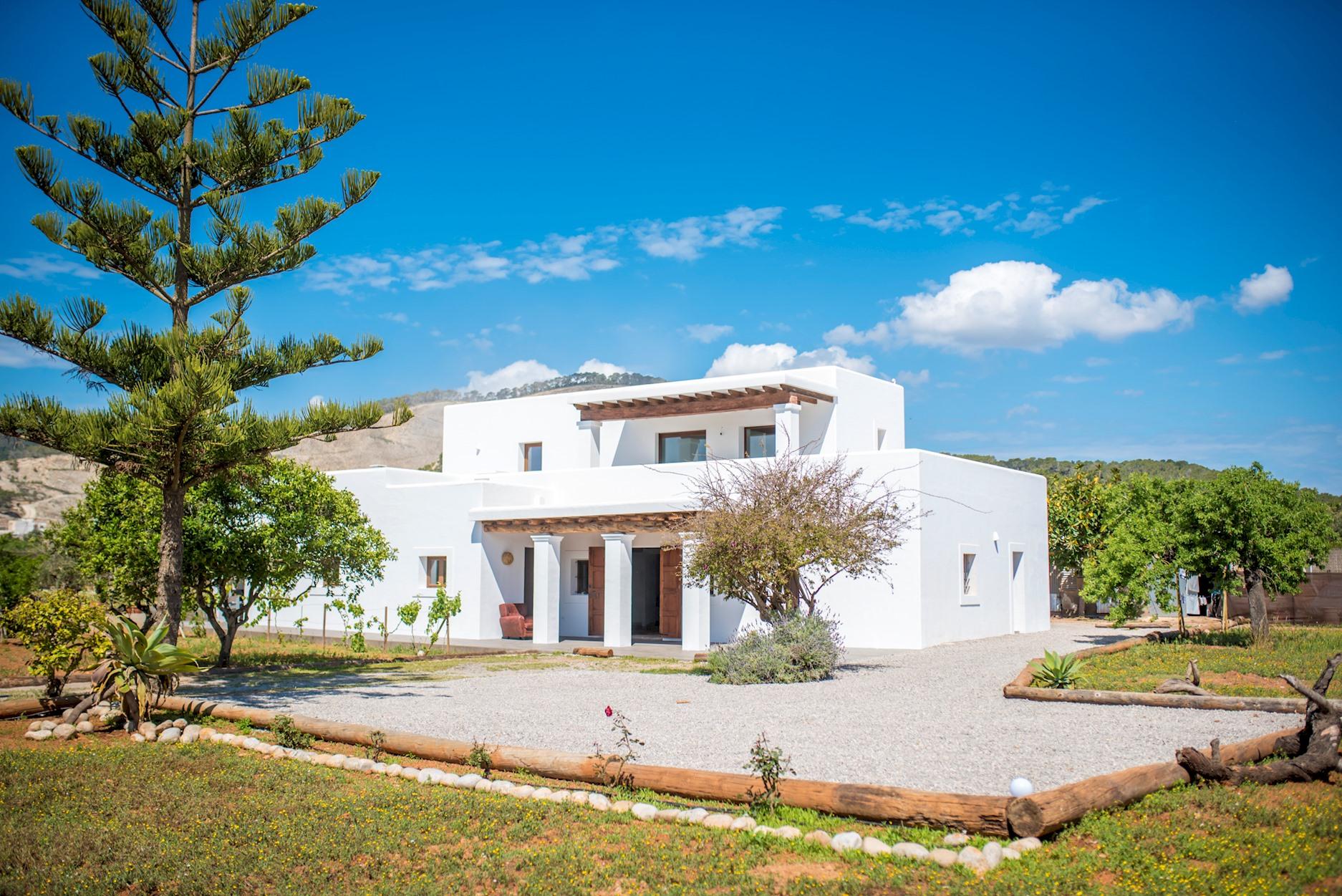 Villa a 5km de playa Salinas, con piscina, Wi-Fi y jardin photo 18455525