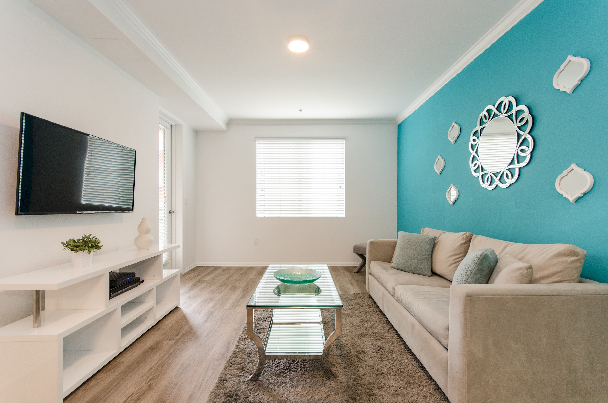 Apartment YYY431 Premier Hollywood 4 Beds Apt   Free parking pool photo 17013450