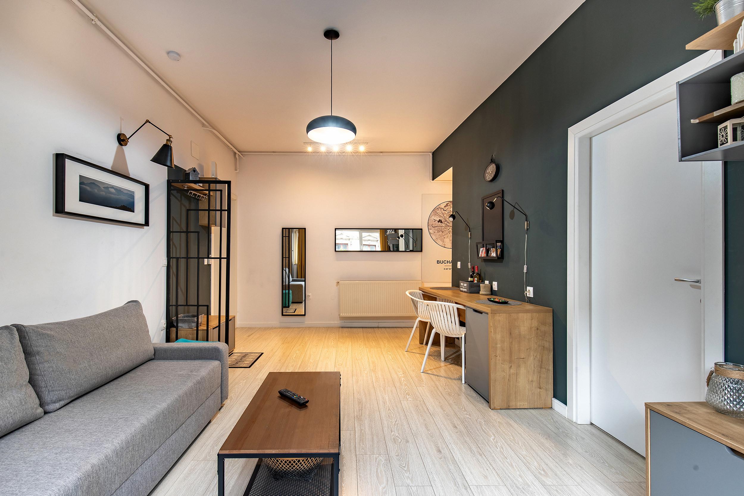 Ideal Apartment photo 22453056