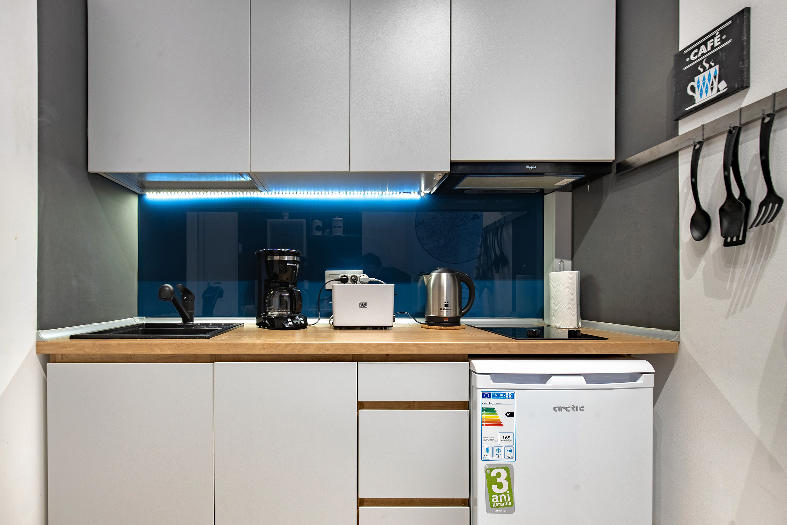 Ideal Apartment photo 22453058