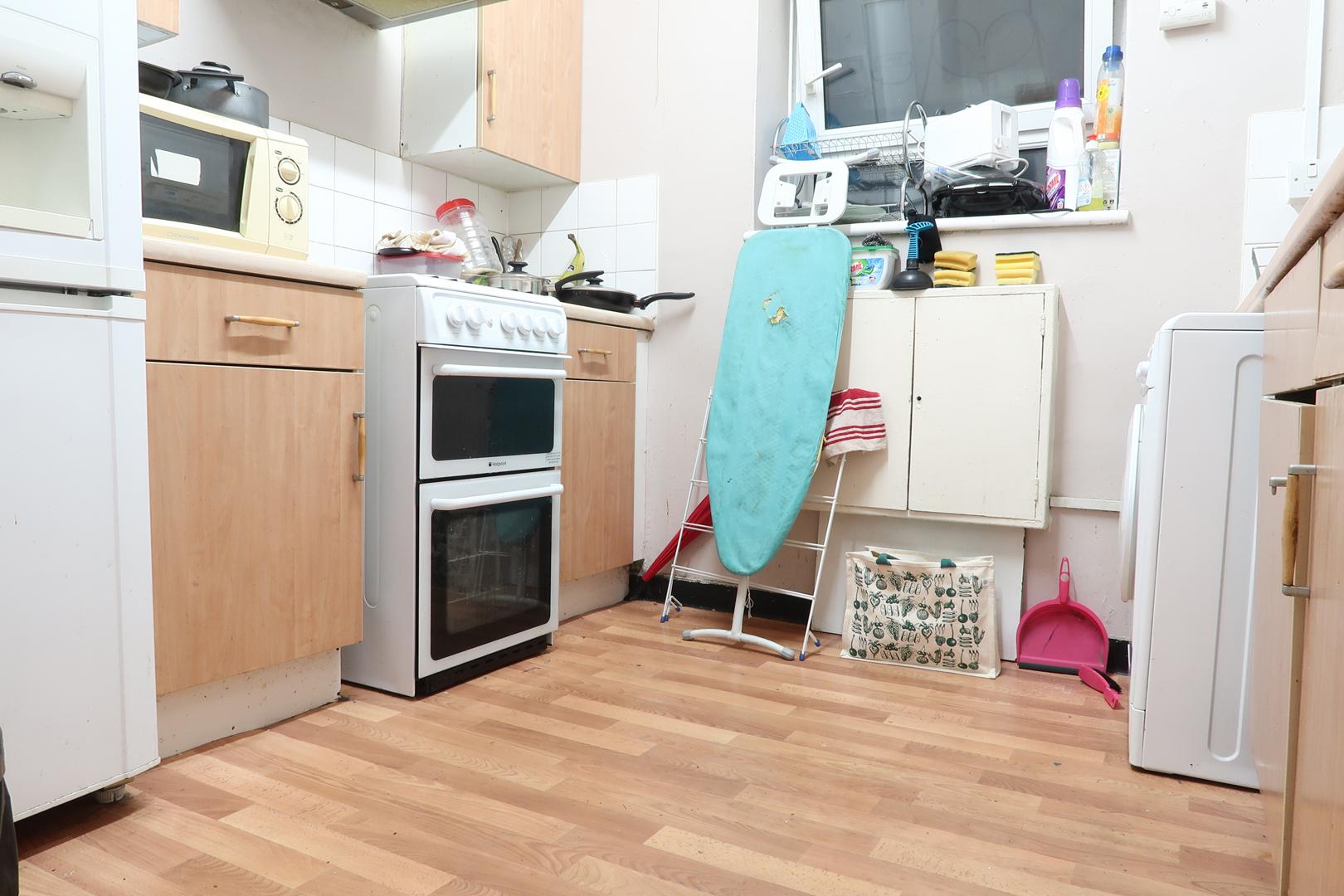 Apartment LIMBOROUGH HOUSE - DELUXE GUEST ROOM 4 photo 20296214