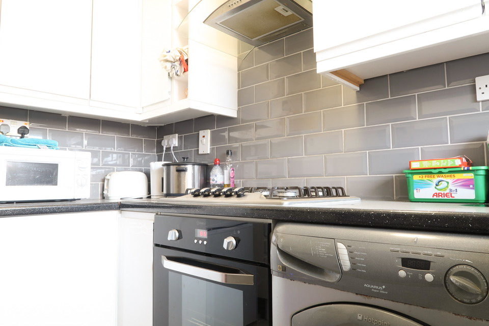 BE KEEN AND STAY IN BETHNAL GREEN! photo 20247708