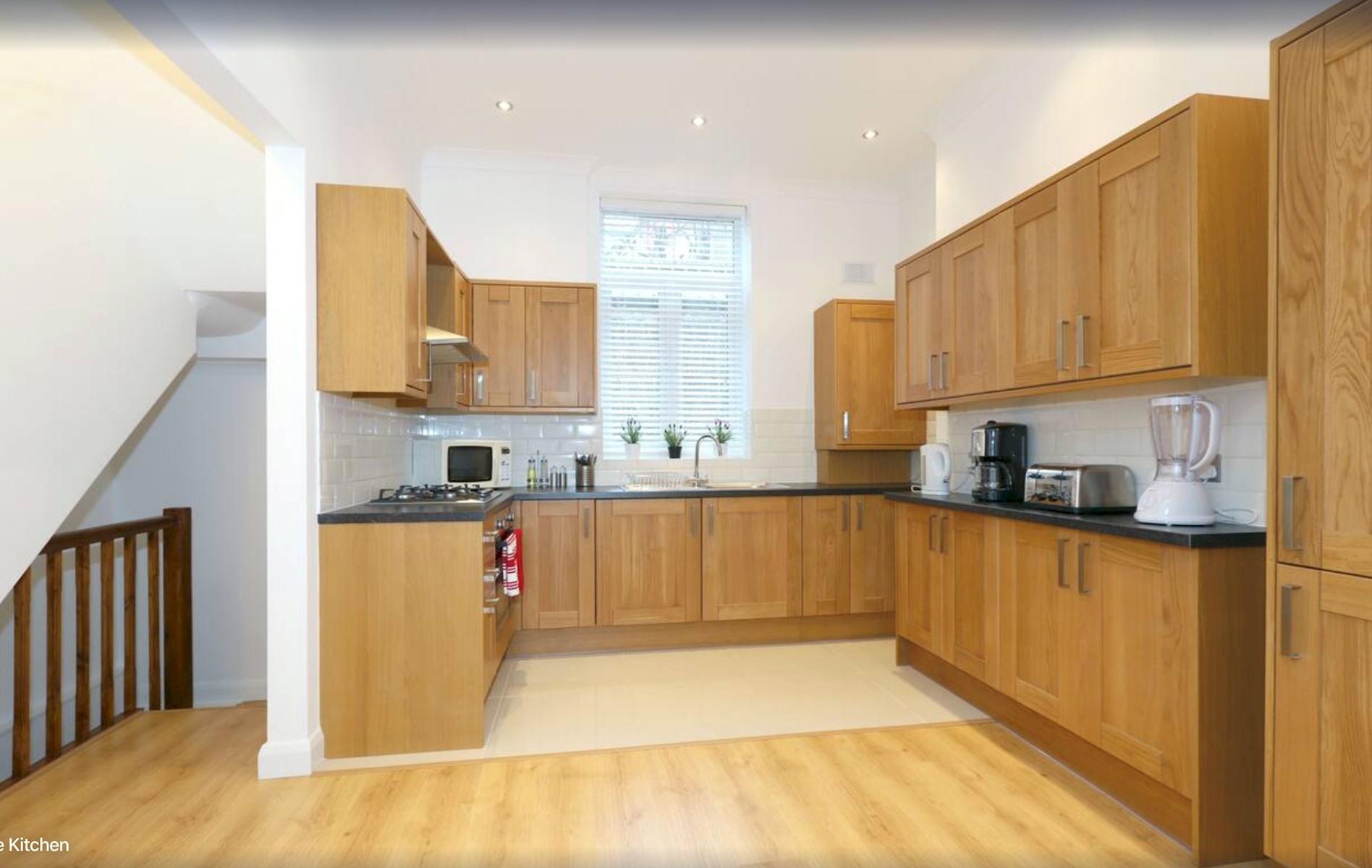 Apartment King s Cross Eurostar Double Room - Shared Bathroom - Shared Kitchen  ROOM 4  photo 25594472