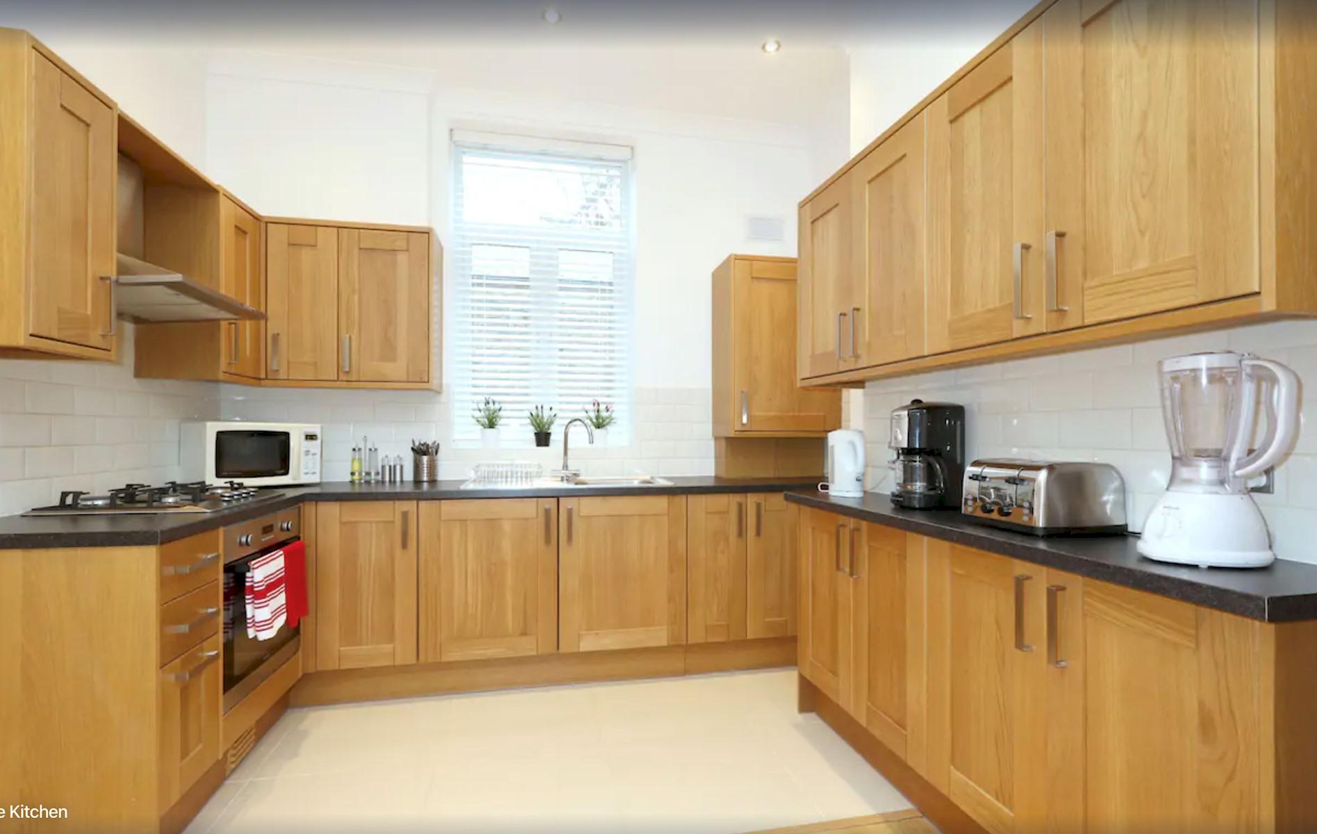 Apartment King s Cross Eurostar Double Room - Shared Bathroom - Shared Kitchen  ROOM 4  photo 25594473