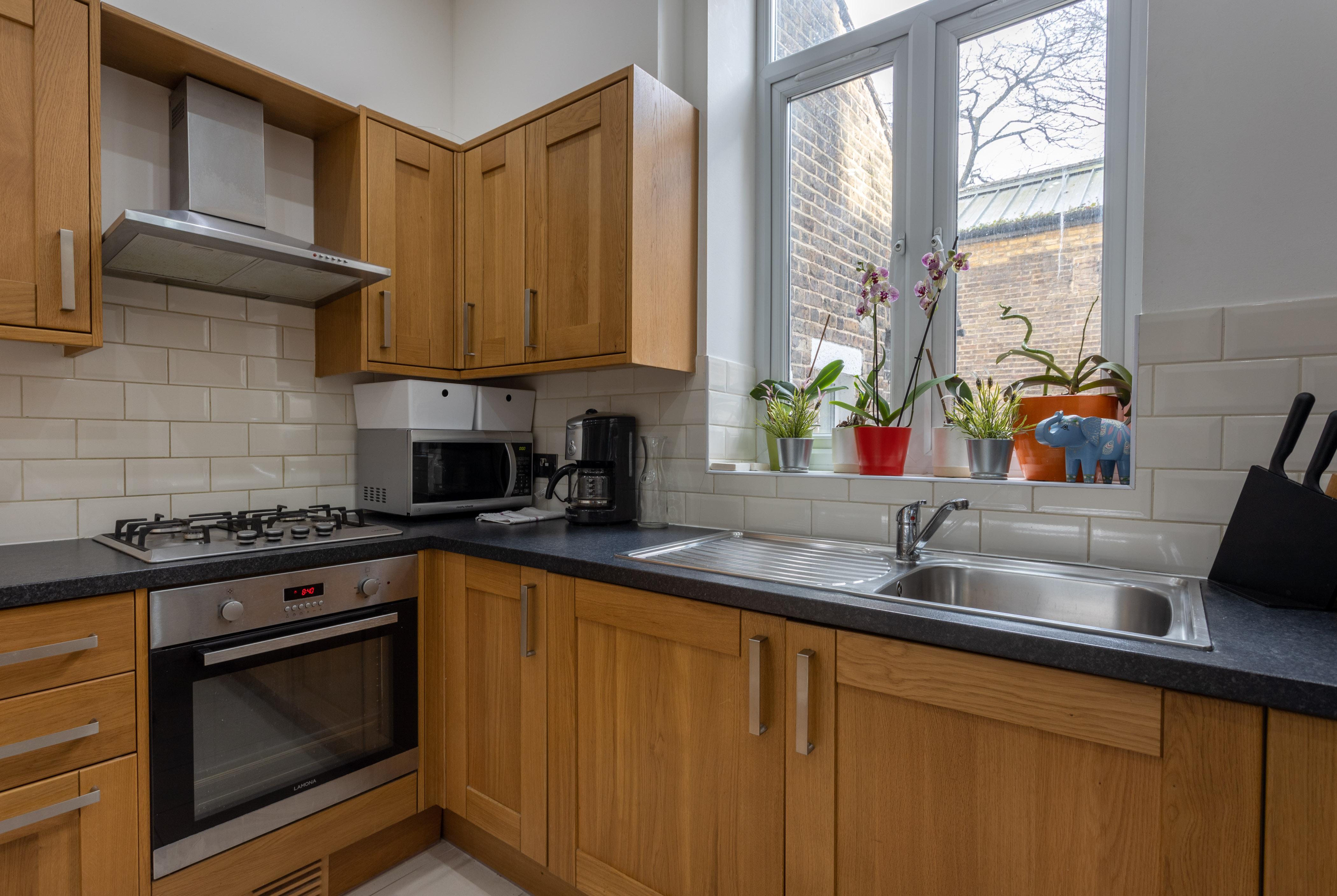 Apartment King s Cross Eurostar Double Room - Shared Bathroom - Shared Kitchen  ROOM 4  photo 26059385