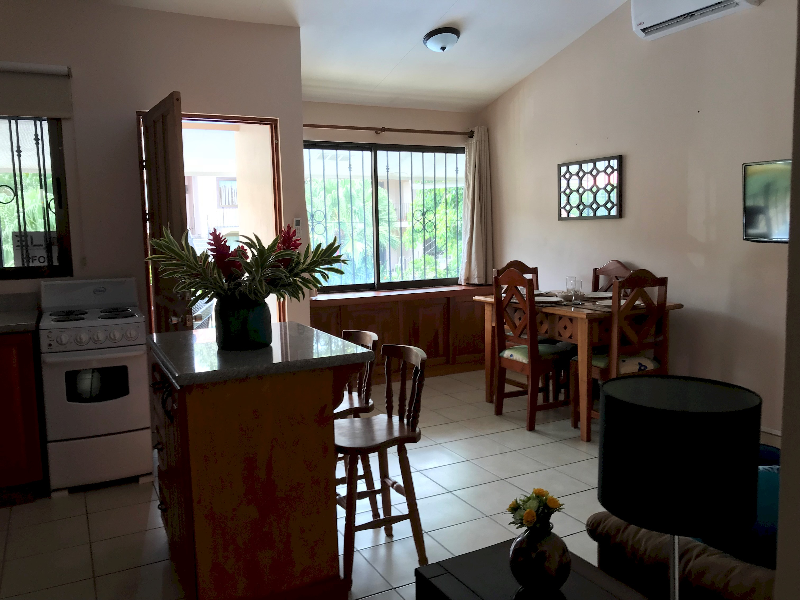 Livin´ the Dream!! Just steps to the beach | Walk distance to town photo 13767863