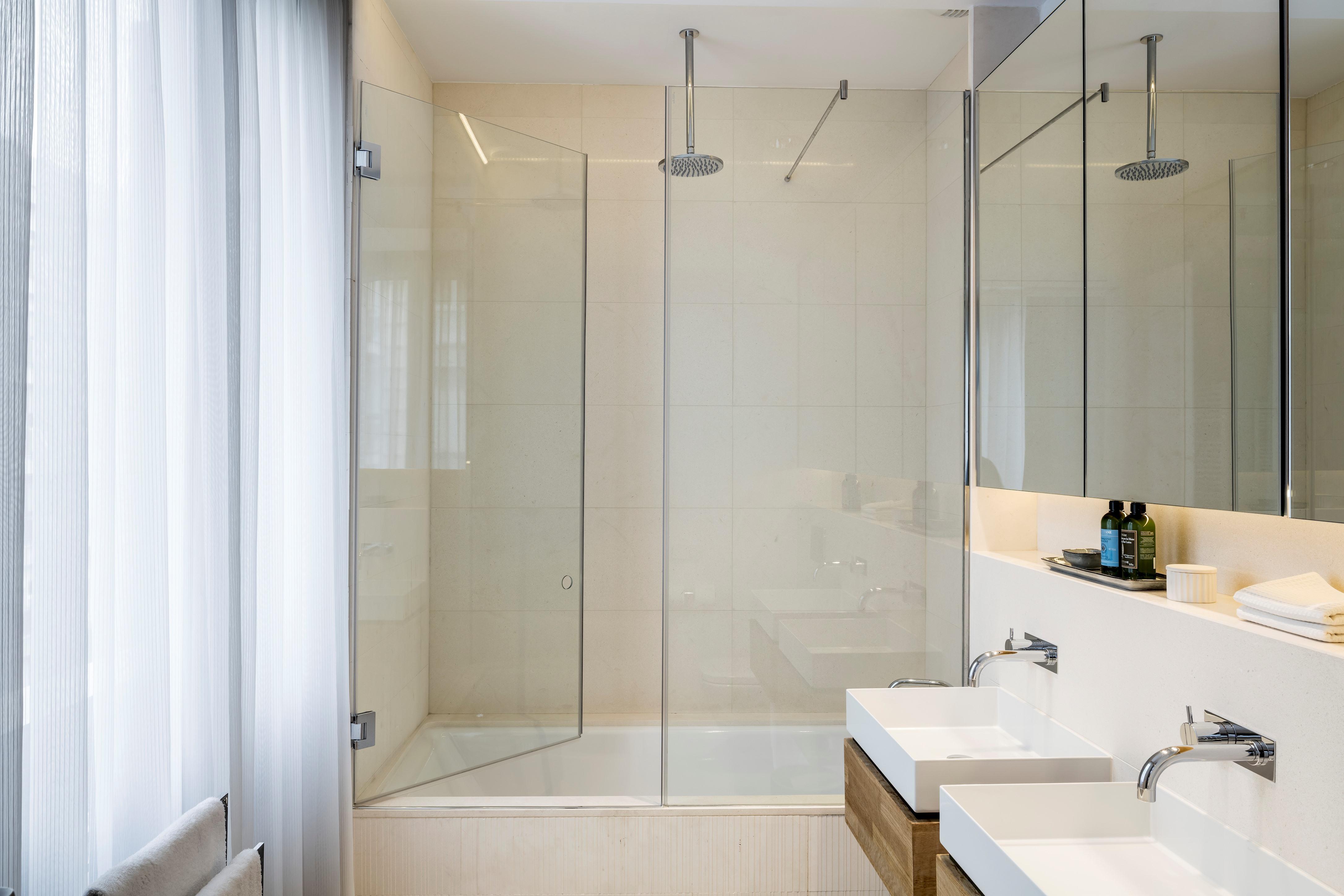 Apartment Luxury Apartment 4 bedrooms 4  1   photo 20952427