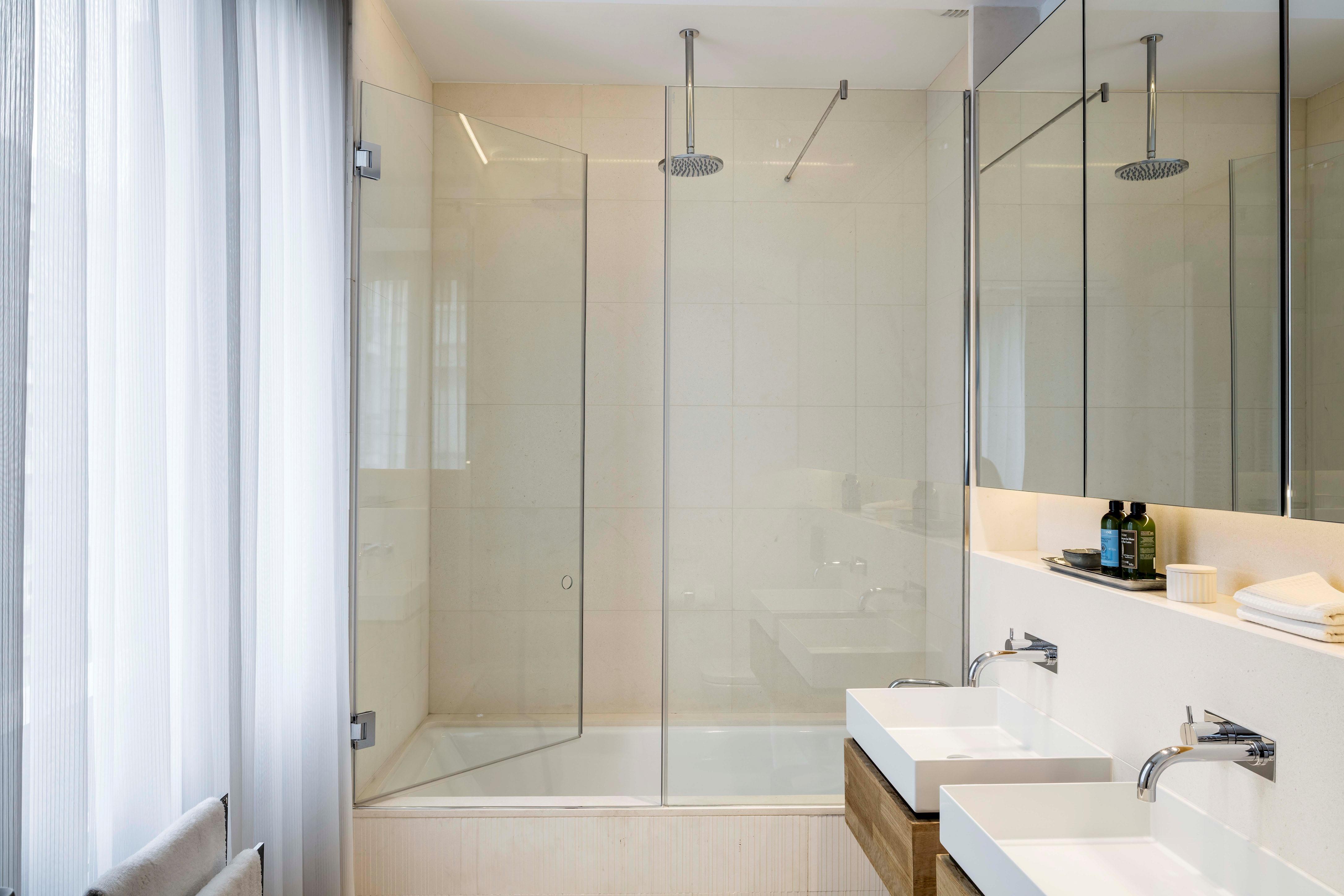 Apartment Luxury Apartment 2 bedrooms Loft 1 photo 23407509