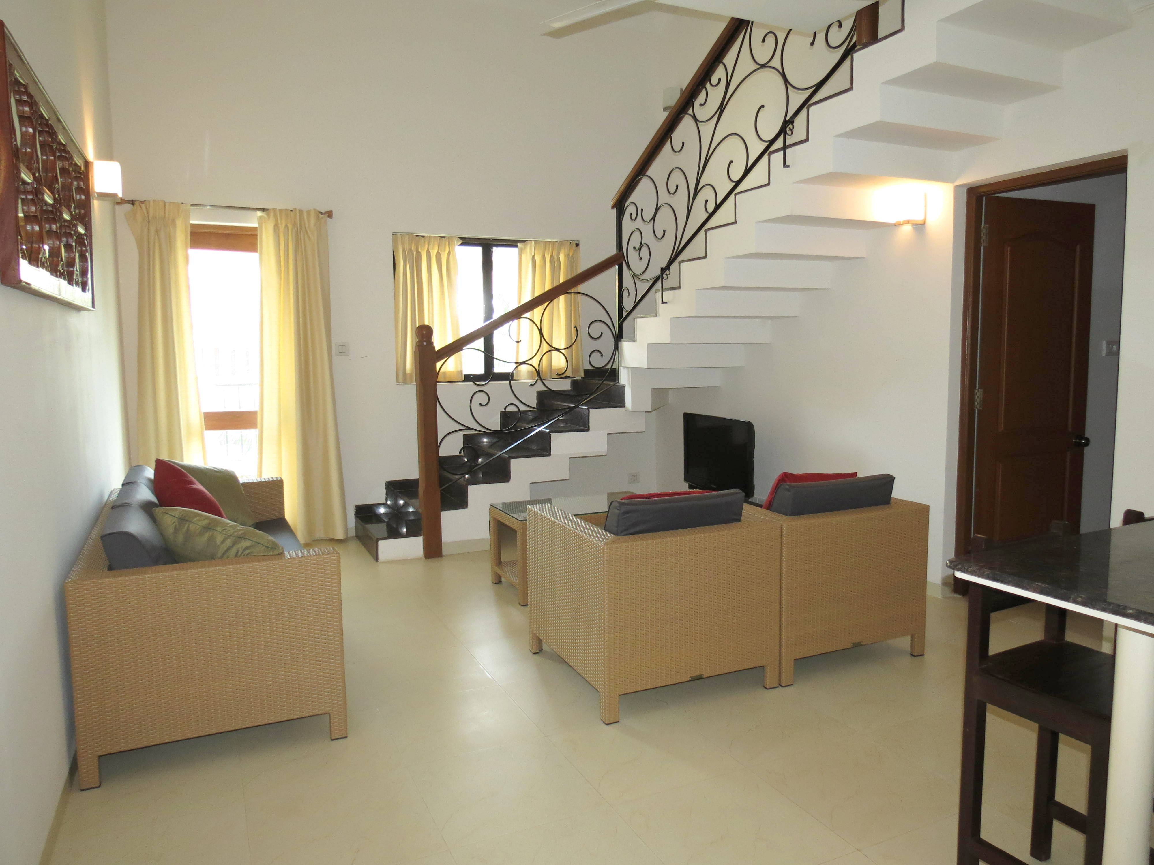 04) Spacious luxurious 2 bedroom serviced apartment  & WiFi photo 18281547