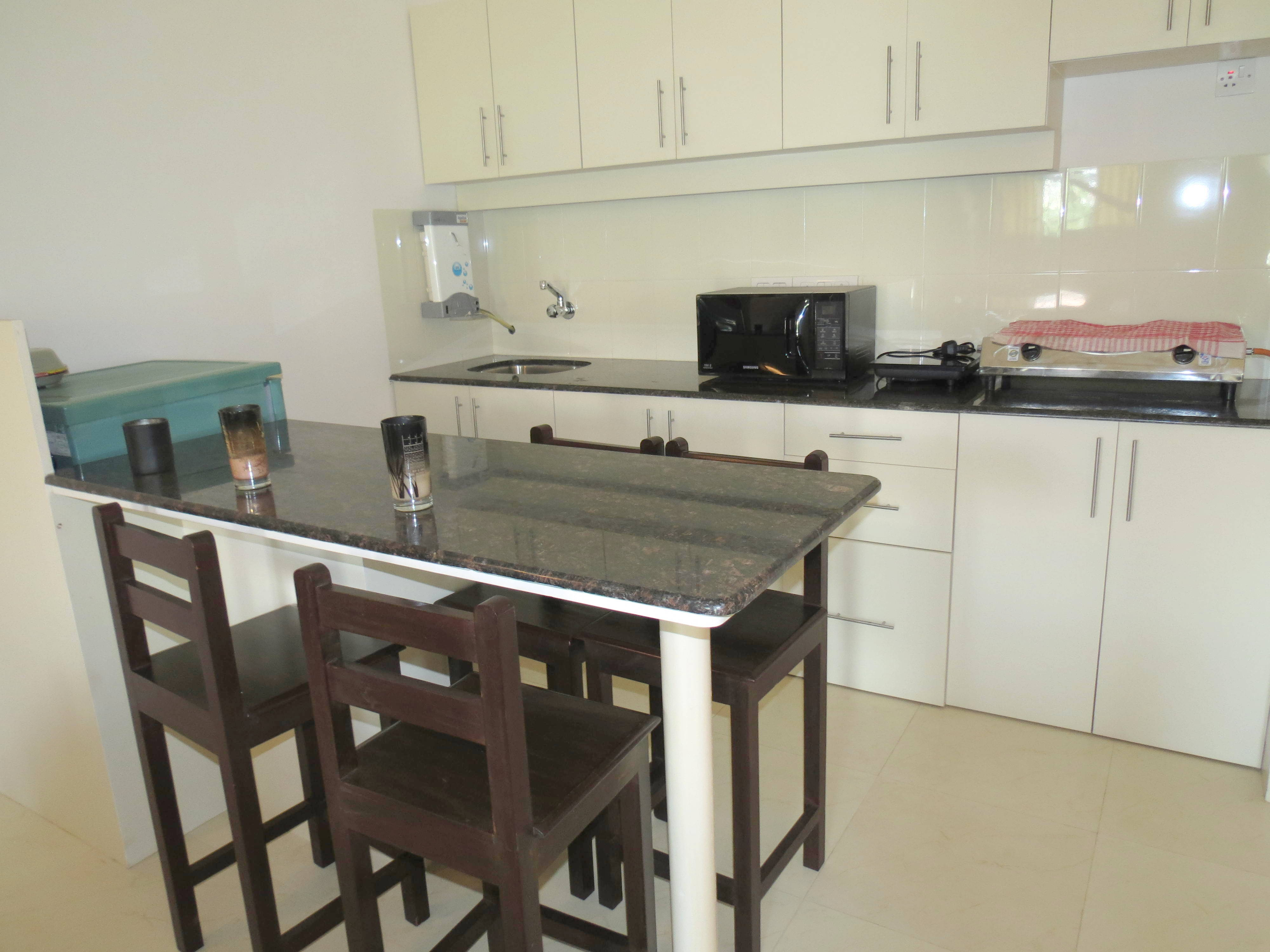 Apartment 04  Spacious luxurious 2 bedroom serviced apartment    WiFi photo 18376271