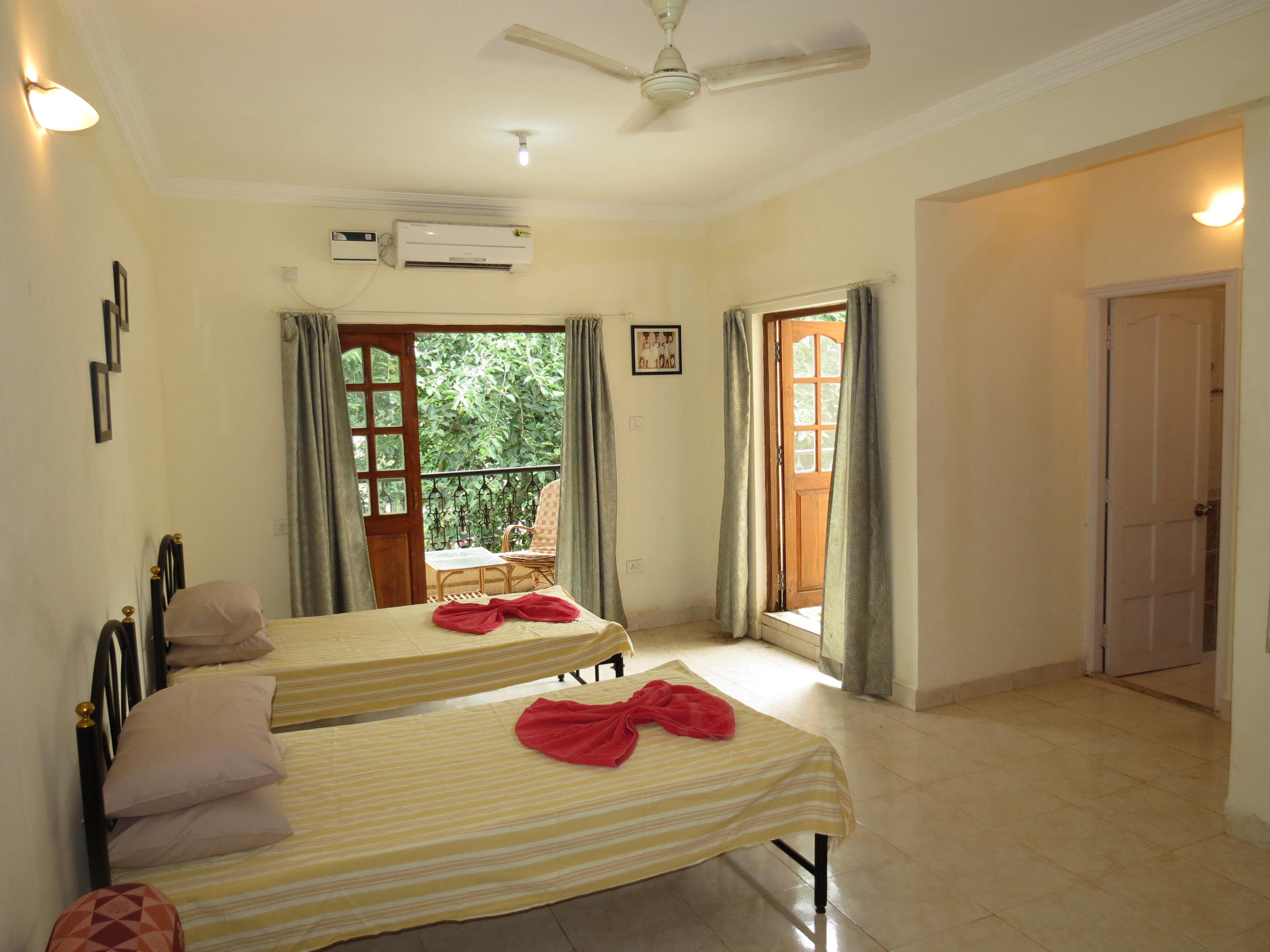 37) Central Calangute Serviced Apartment & WiFi photo 20413547