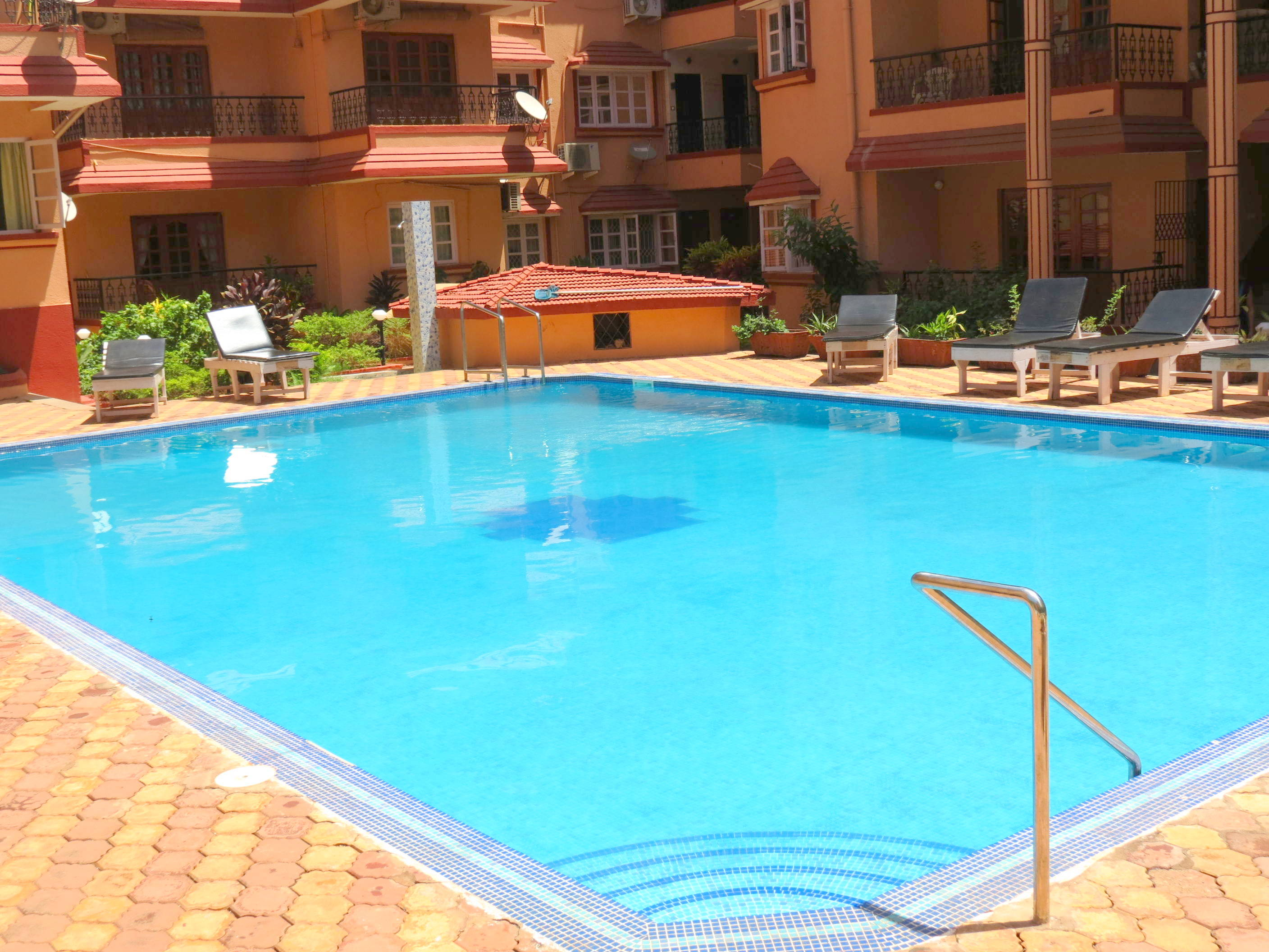 Apartment 42  Serviced Apartment Calangute Baga Sleeps 4 photo 20414397