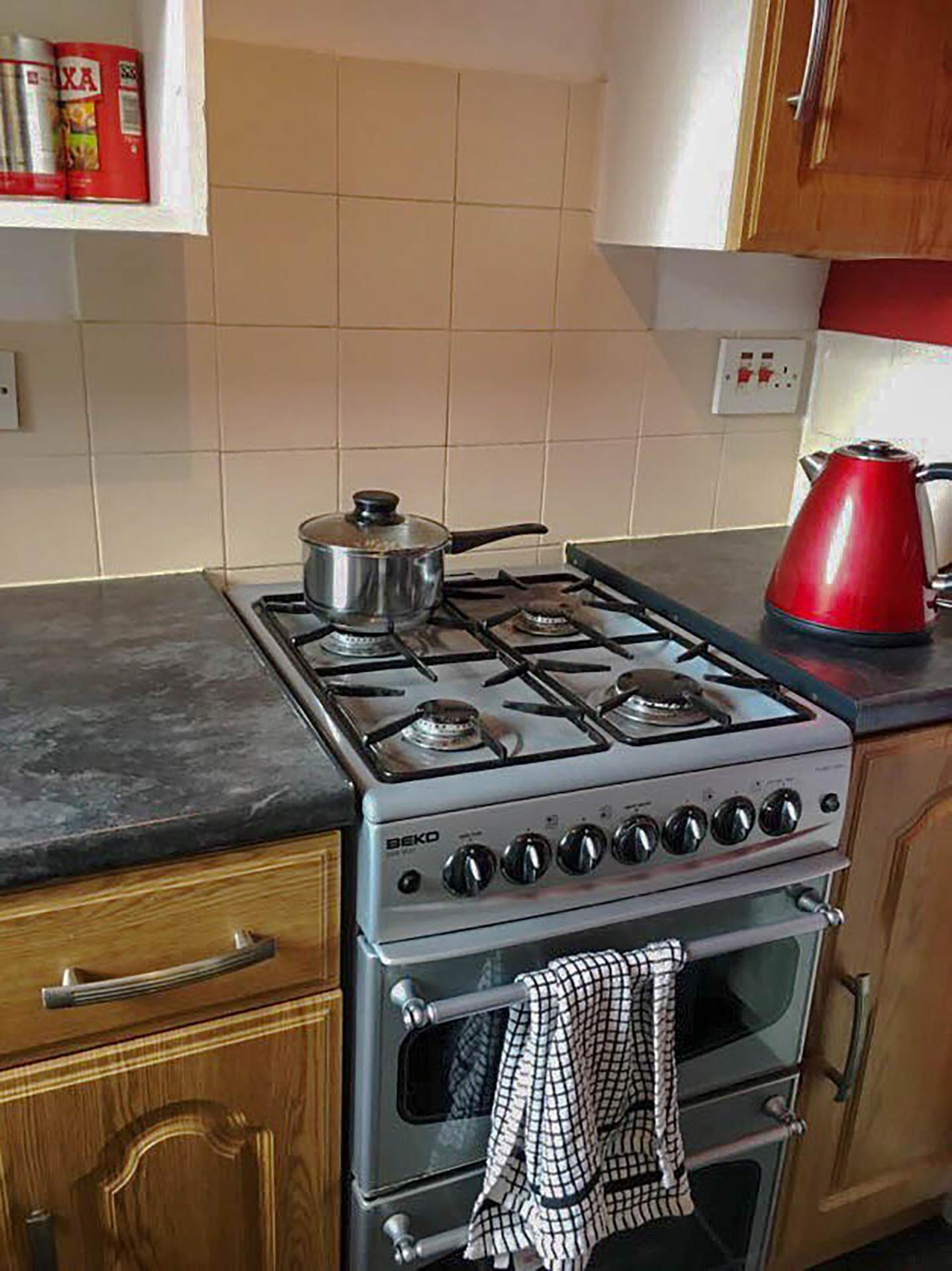Pleasence · Spacious & Beautiful Edinburgh Old Town Apartment photo 16470307